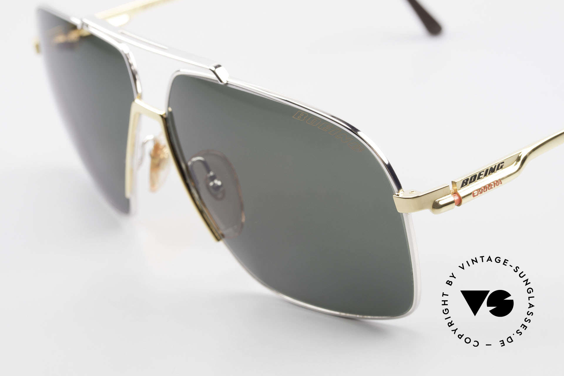Boeing 5704 Original Old 80's Pilots Shades, new old stock (like all our BOEING aviator shades), Made for Men