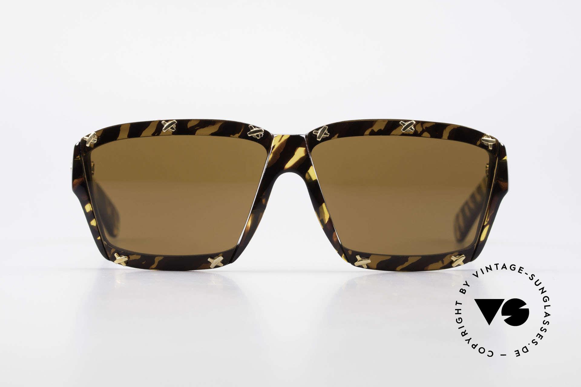 Paloma Picasso 3702 No Retro Sunglasses Original, spectacular design meets a brilliant frame pattern, Made for Women