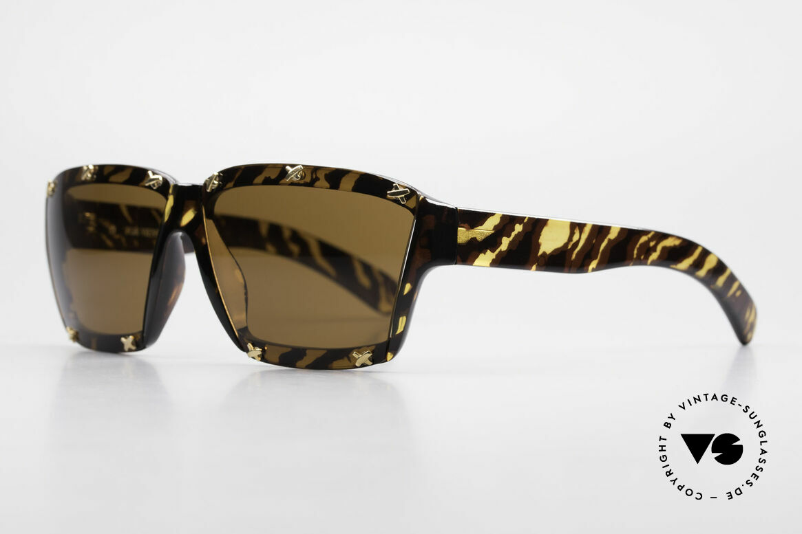 Paloma Picasso 3702 No Retro Sunglasses Original, just another masterwork from Picasso's art school!, Made for Women