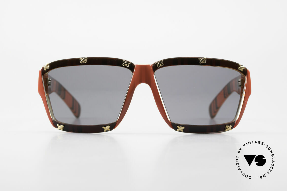 Paloma Picasso 3702 No Retro Sunglasses Ladies, spectacular design meets a brilliant frame pattern, Made for Women