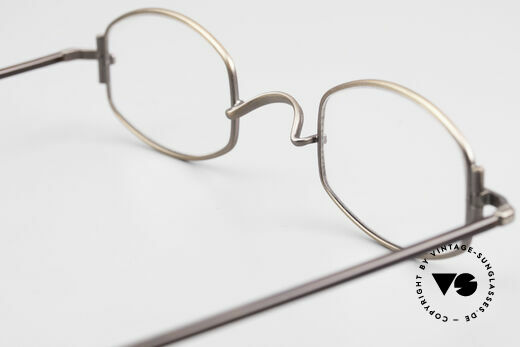 "Lunor XA 03 Old Lunor Eyewear Classic, the frame front / frame design looks like a ""LYING TON"", Made for Men and Women"