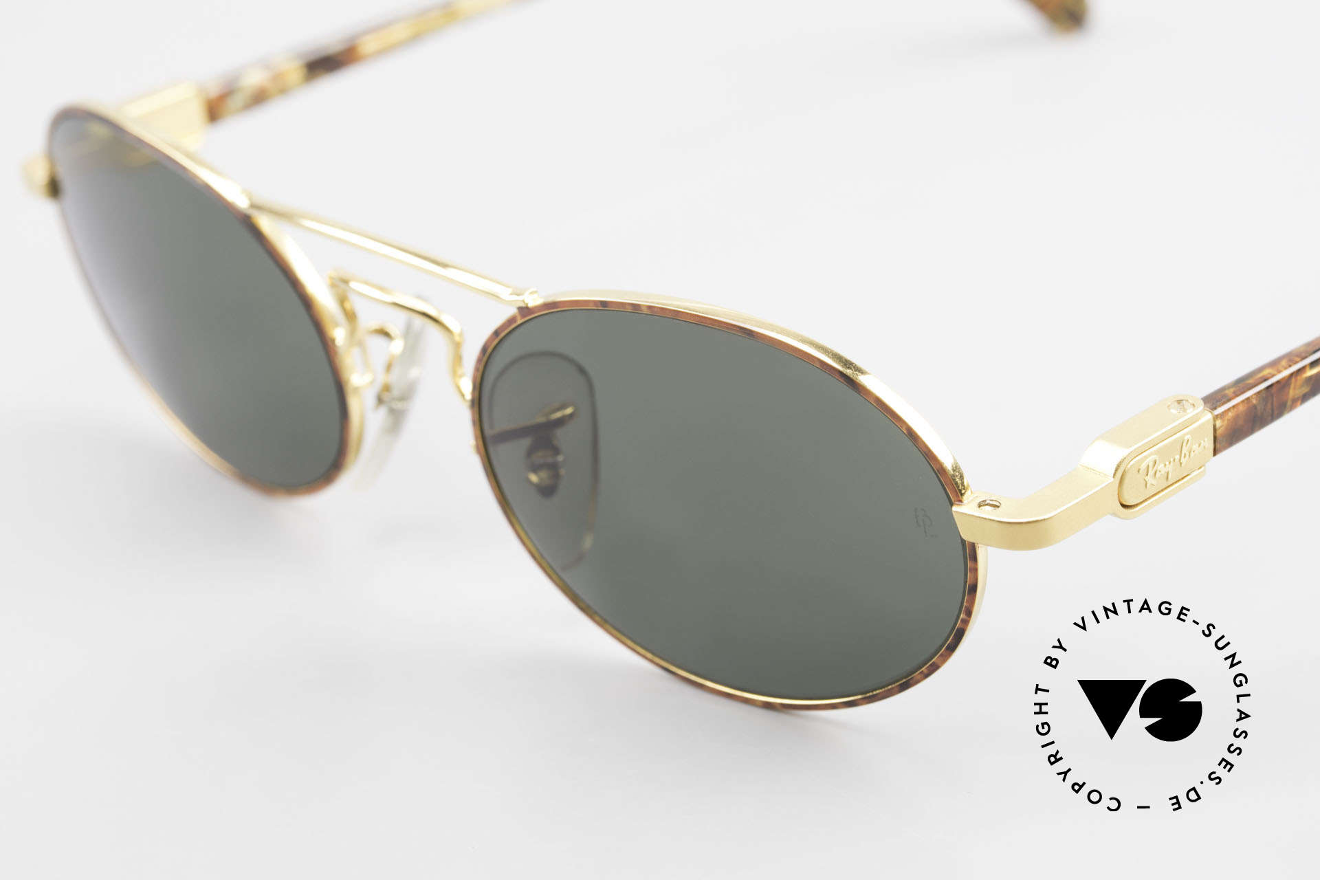Ray Ban Chaos Oval 90's B&L USA Ray-Ban W2008, legendary mineral lenses: scratch-resistant, 100% UV, Made for Men and Women
