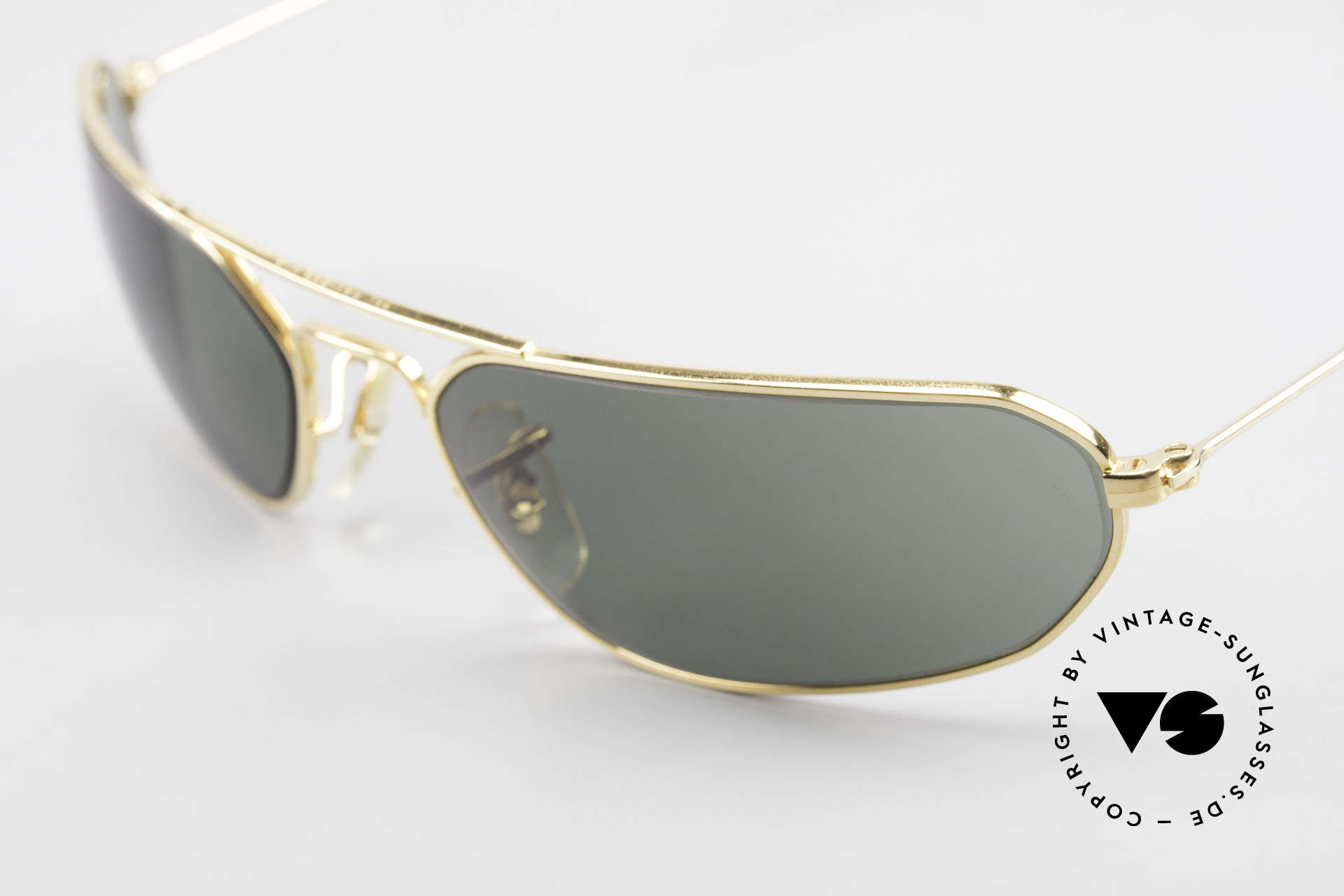 Ray Ban Fugitives Hexagon 90's Ray-Ban Bausch Lomb B&L, unworn (like all our VINTAGE Ray Ban sunglasses), Made for Men