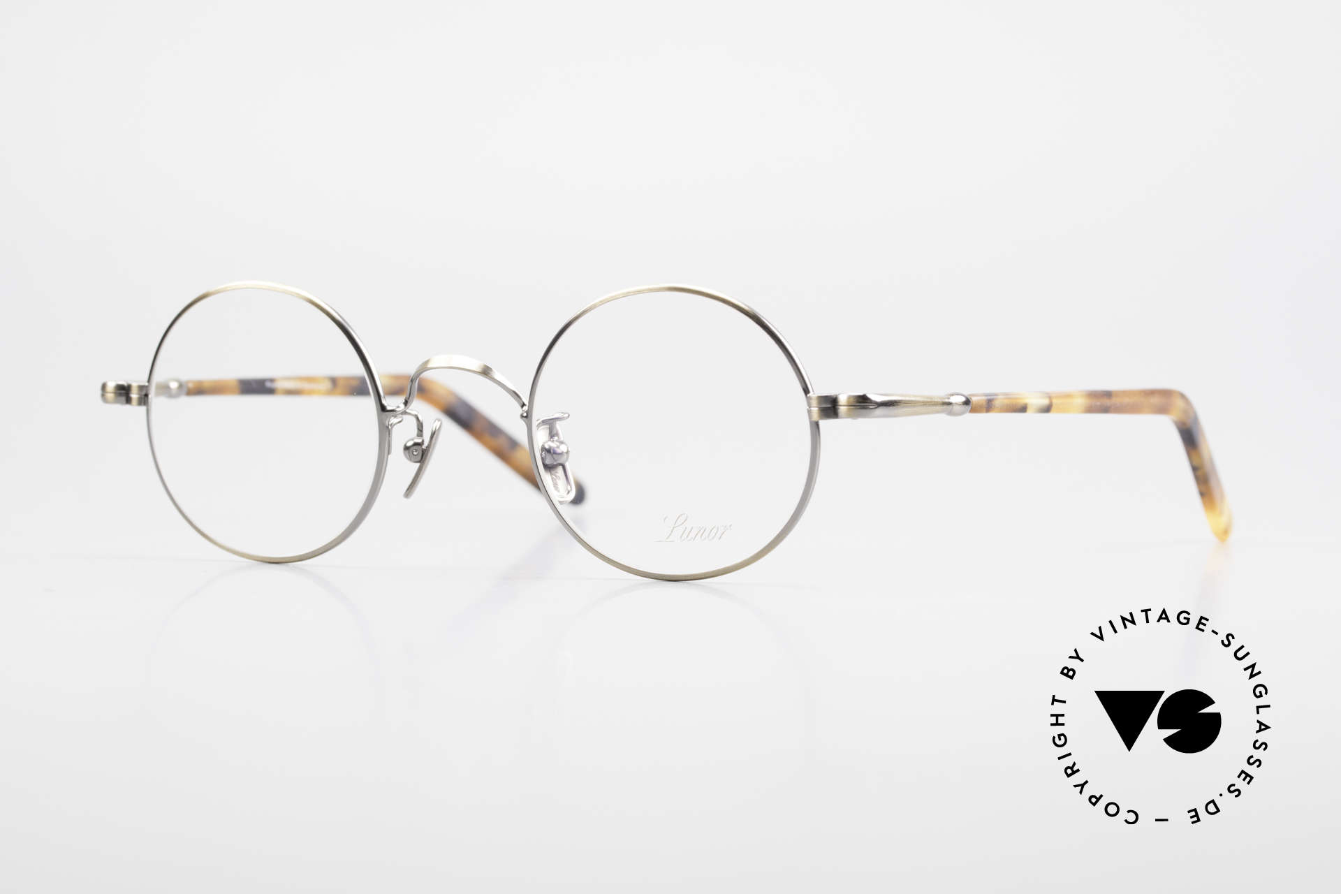Lunor VA 110 Round Lunor Glasses Original, old Lunor eyeglasses from the 2012's eyewear collection, Made for Men and Women
