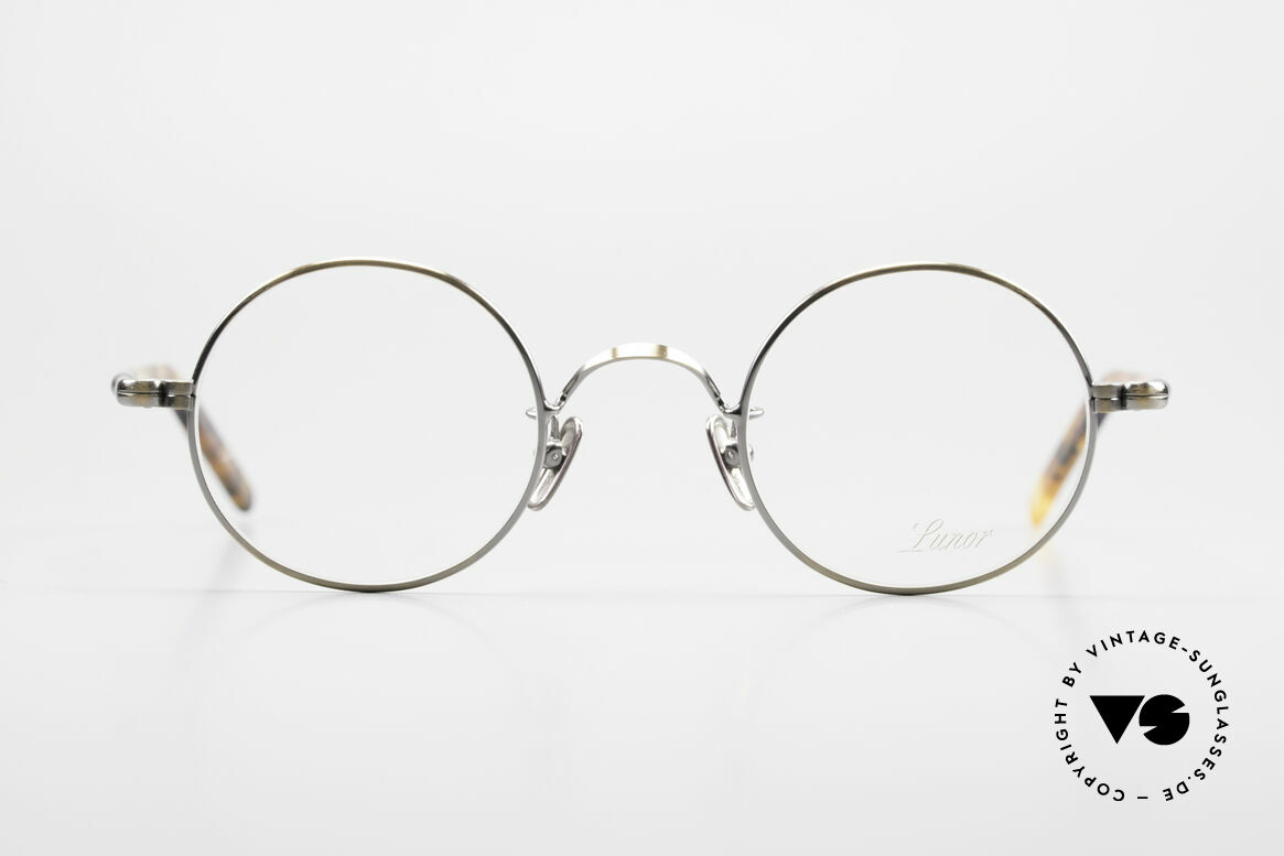 Lunor VA 110 Round Lunor Glasses Original, LUNOR: honest craftsmanship with attention to details, Made for Men and Women