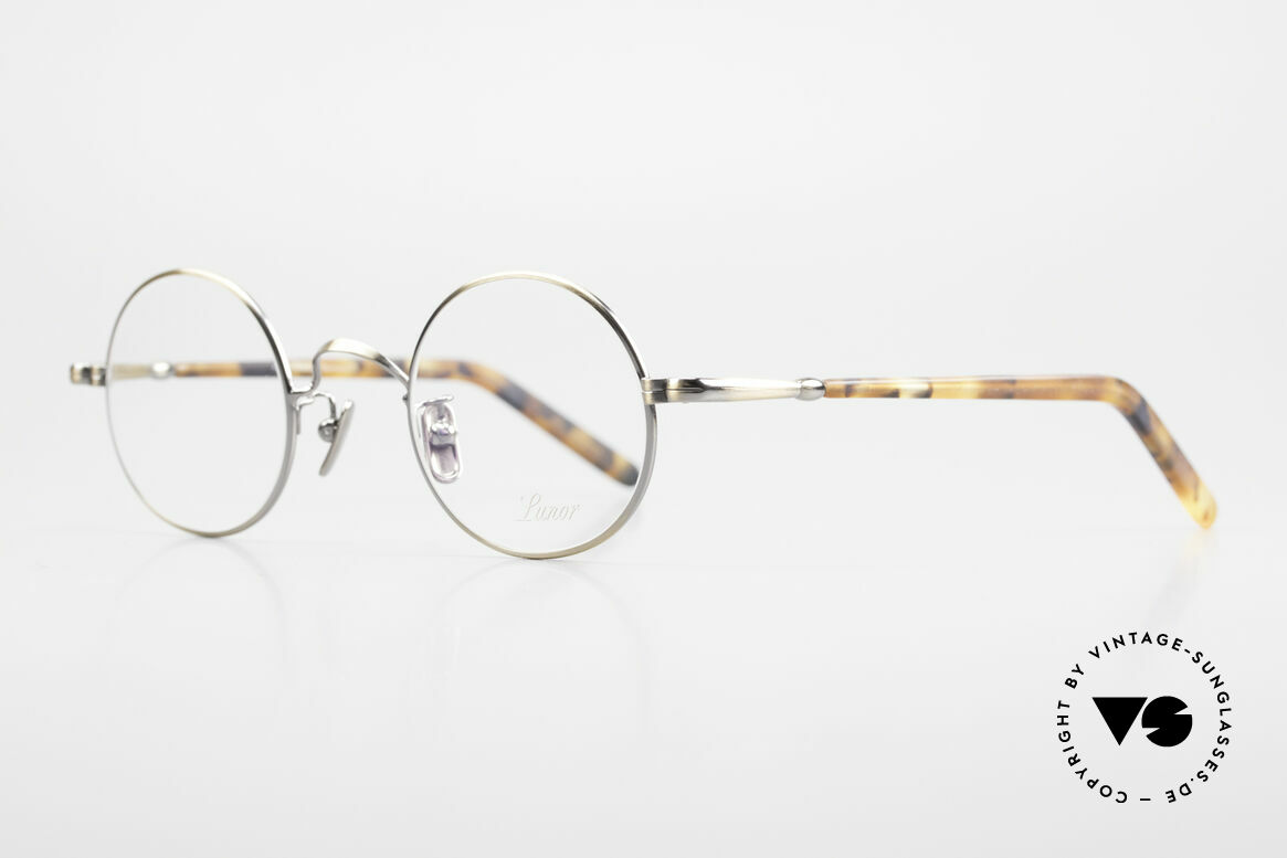 Lunor VA 110 Round Lunor Glasses Original, without ostentatious logos (but in a timeless elegance), Made for Men and Women