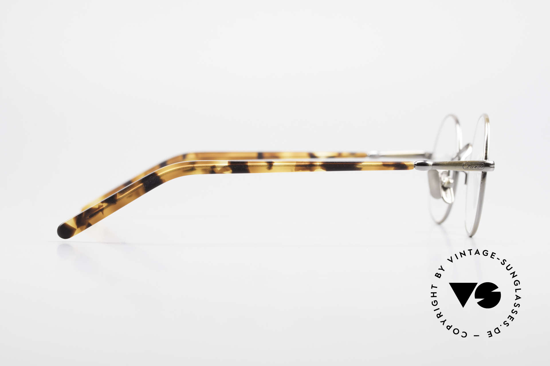Lunor VA 110 Round Lunor Glasses Original, unworn (like all our vintage eyewear classics by LUNOR), Made for Men and Women