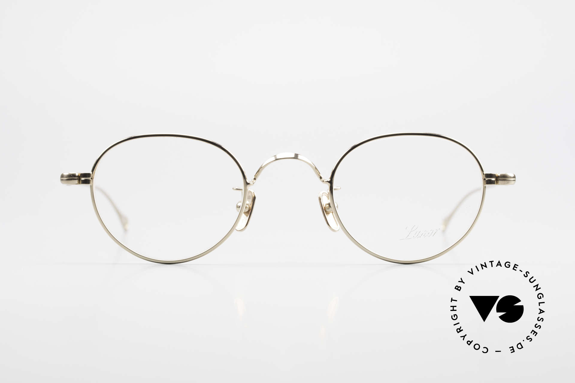 Lunor V 107 Panto Eyeglasses Gold Plated, without ostentatious logos (but in a timeless elegance), Made for Men