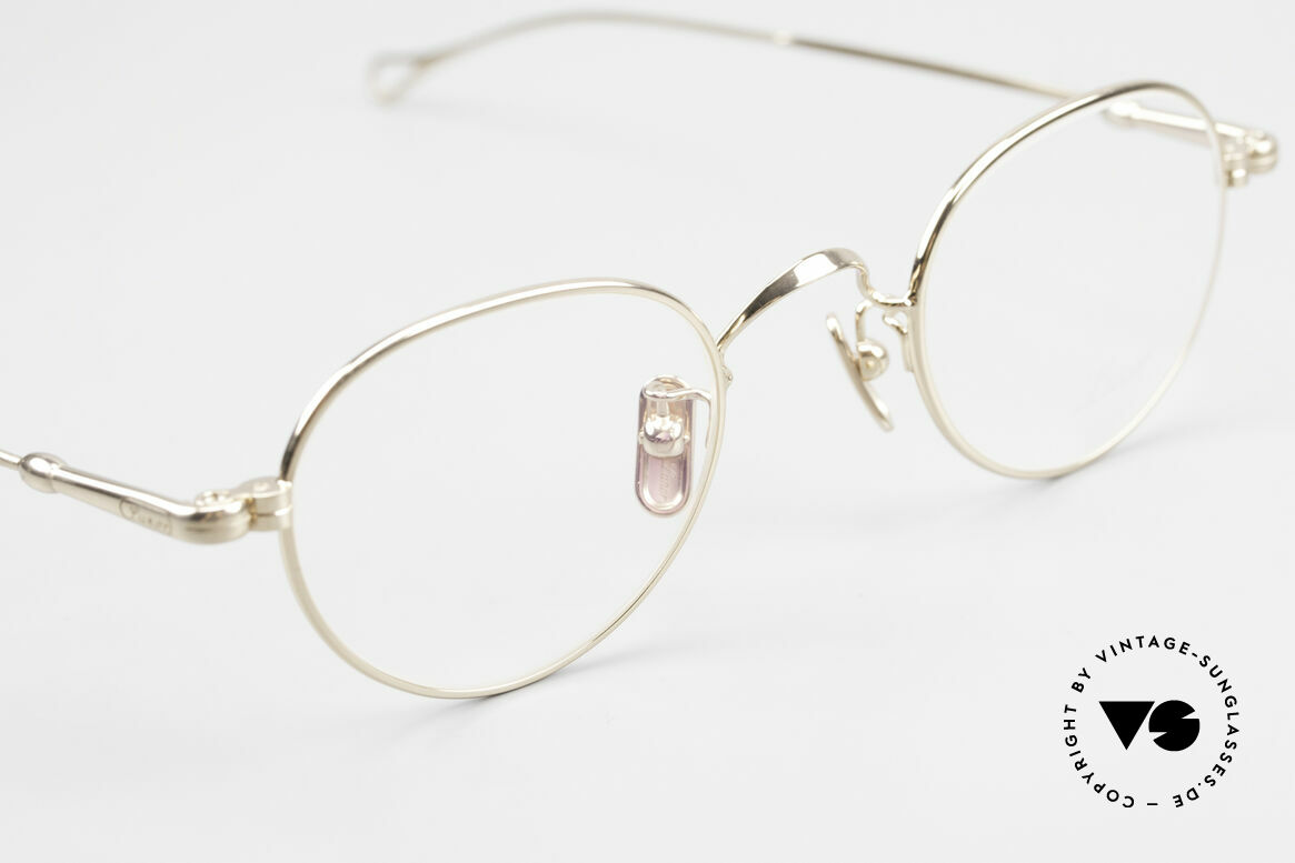 Lunor V 107 Panto Eyeglasses Gold Plated, thus, we decided to take it into our vintage collection, Made for Men