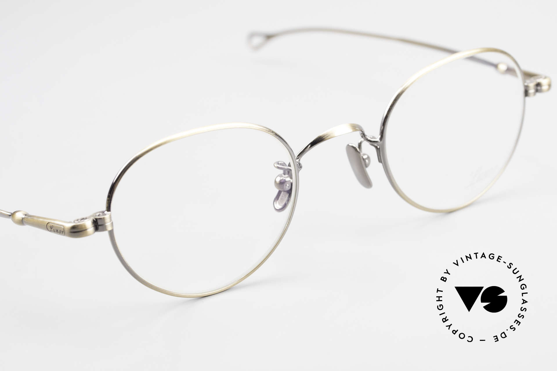 Lunor V 108 Metal Frame With Titanium Pads, thus, we decided to take it into our vintage collection, Made for Men