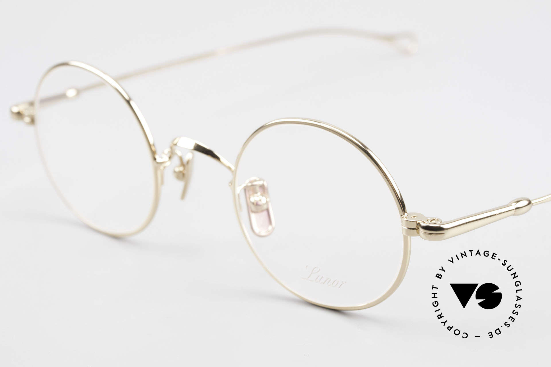 Lunor V 110 Lunor Round Glasses GP Gold, model V110: an eyewear classic for ladies & gentlemen, Made for Men and Women