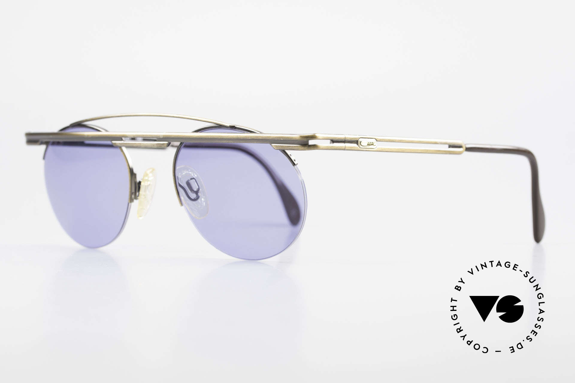 Cazal 748 True Vintage 90's Sunglasses, tangible high-end craftsmanship (frame made in Germany), Made for Men and Women