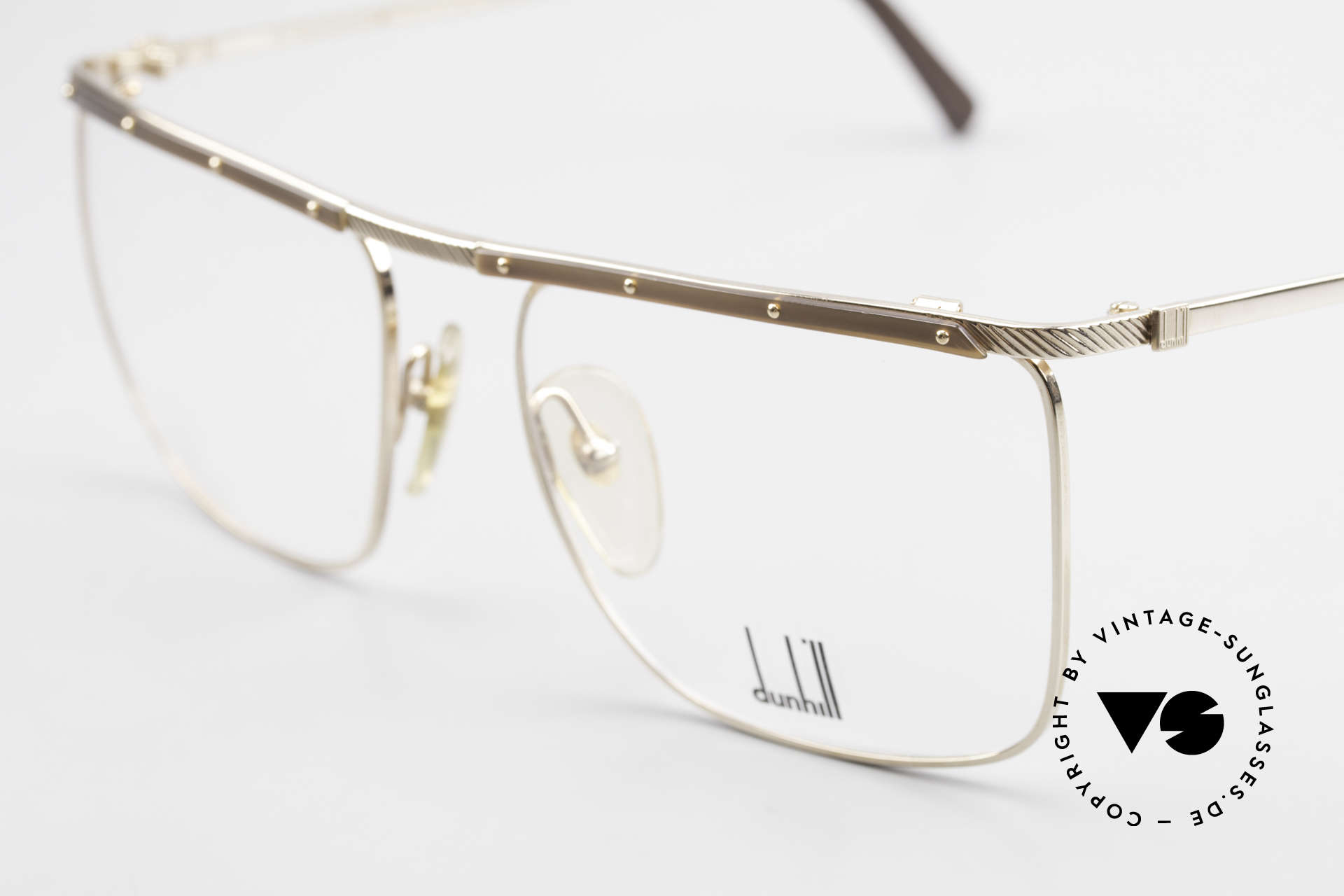Dunhill 6056 Genuine Horn Trims 80's Frame, a true vintage 80's classic in top-notch quality, Made for Men