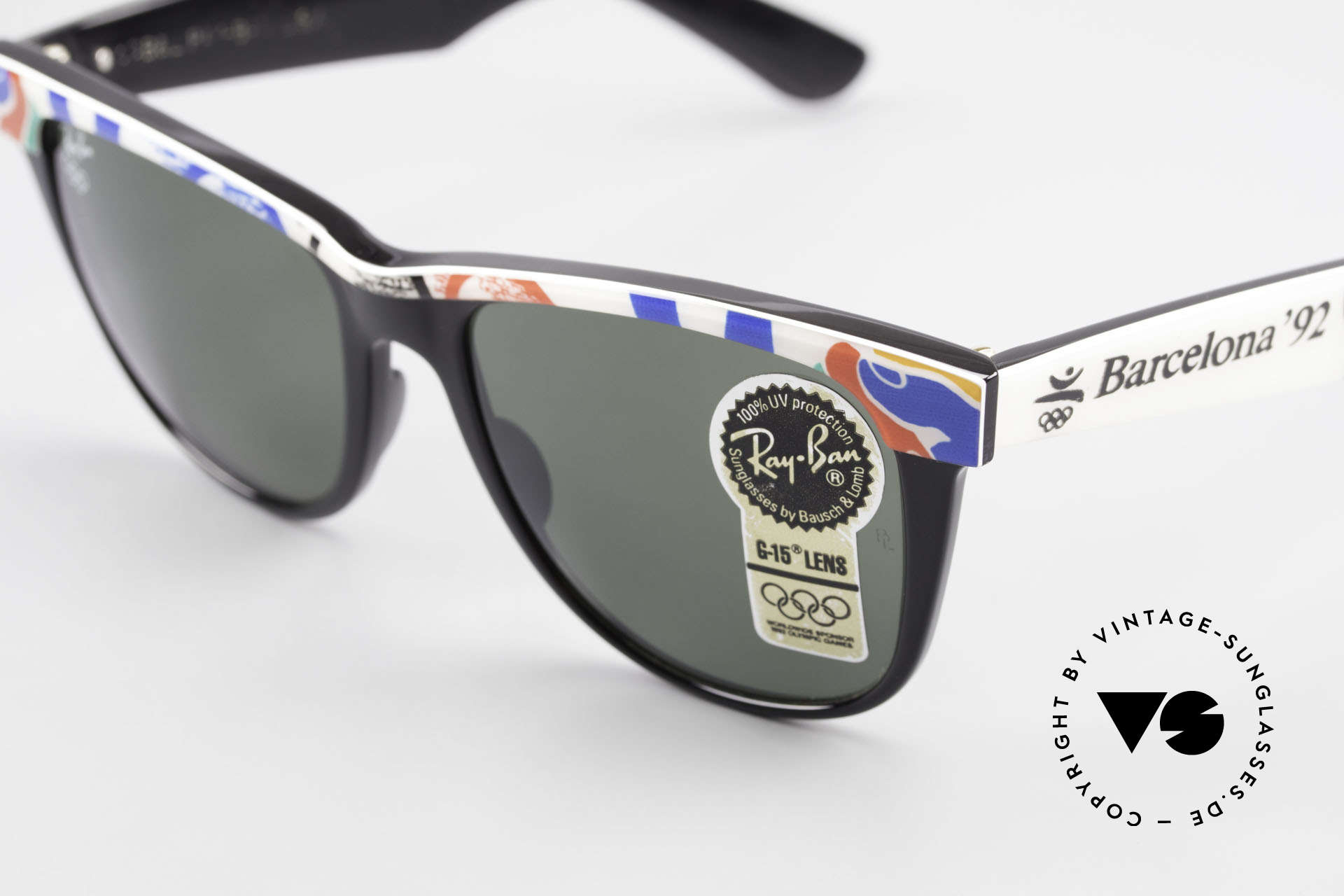 Ray Ban Wayfarer II Olympic Games 1992 Barcelona, B&L quality mineral lenses (for 100% UV-protection), Made for Men and Women