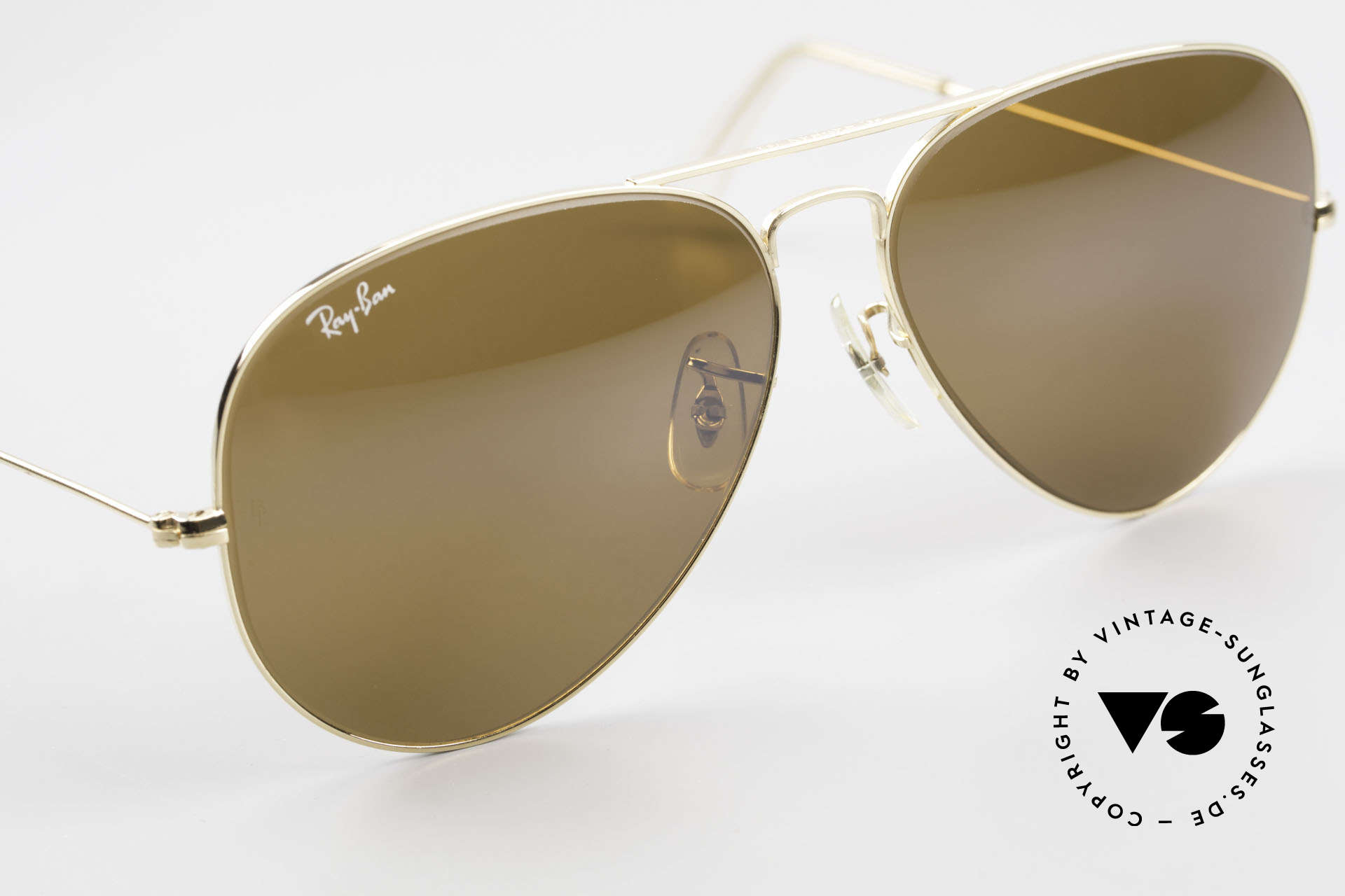 Ray Ban Large Metal II Old Ray-Ban B&L USA Shades, 100% UV protection and with the B&L engraving, Made for Men