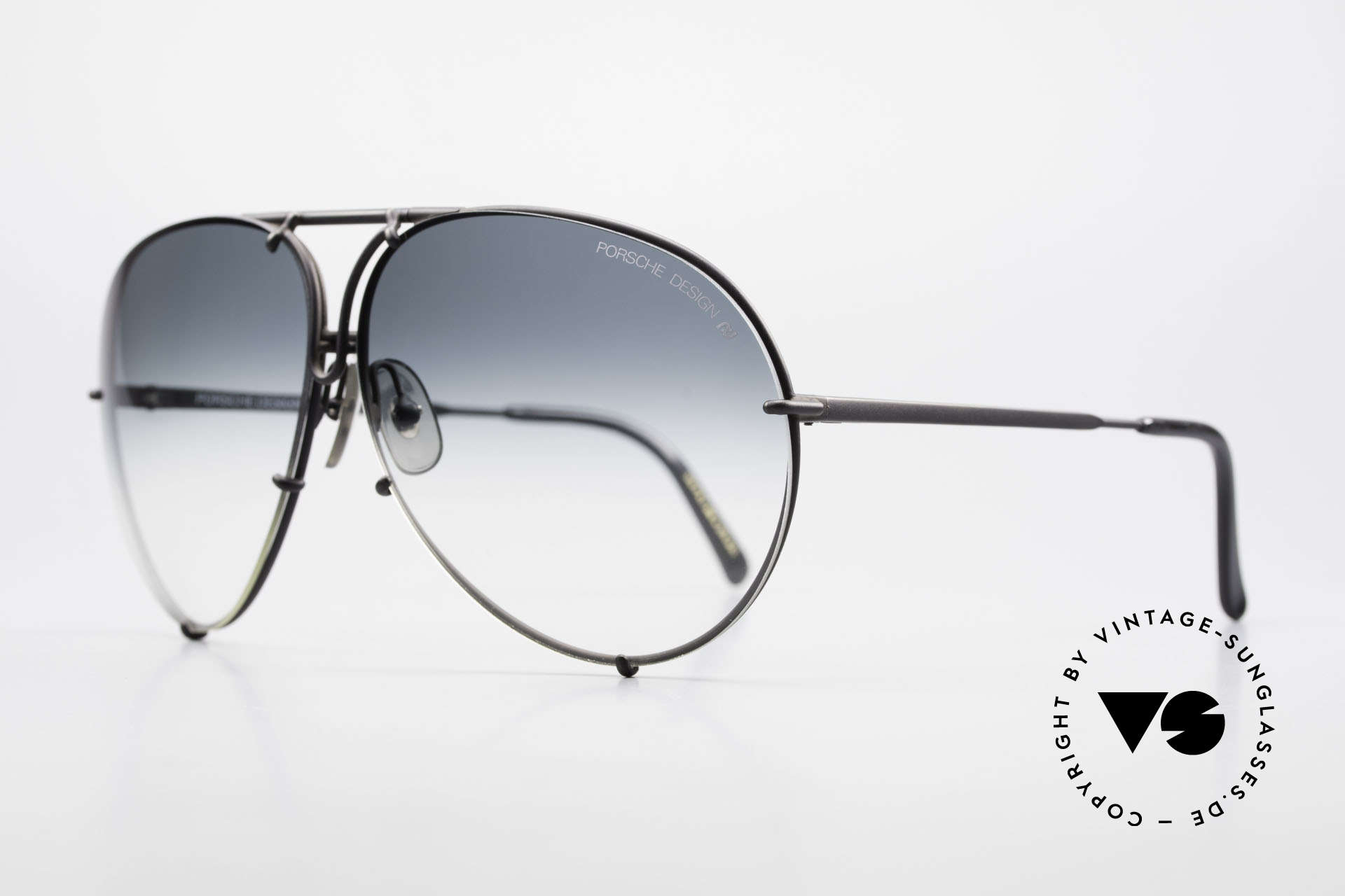 Porsche 5621 Rare 80's Aviator Sunglasses, interchangeable lenses: green-gradient & solid gray, Made for Men