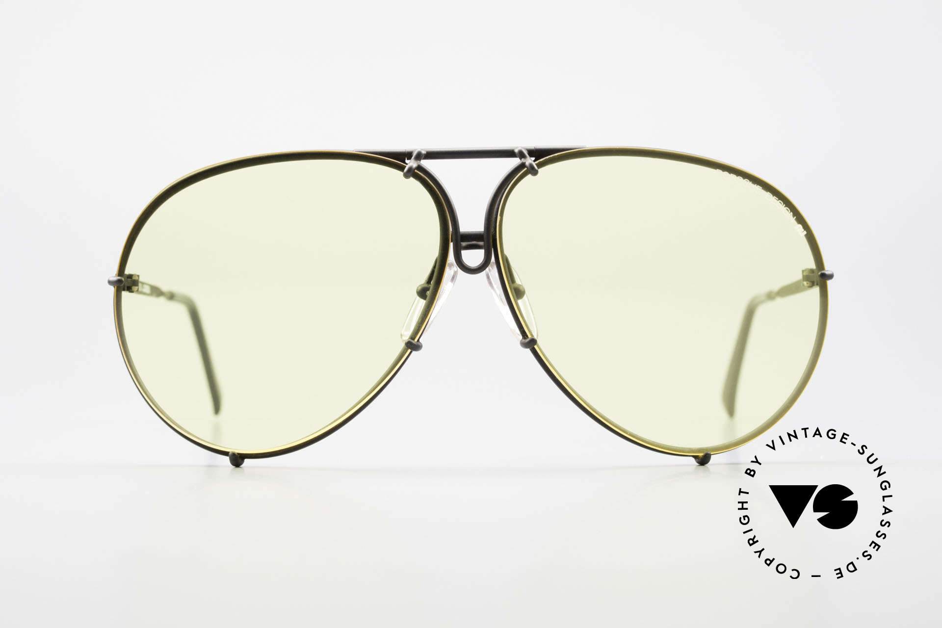 Porsche 5621 Yellow Lenses Kalichrome 80's, a legendary sunglass' classic for men in dulled black, Made for Men