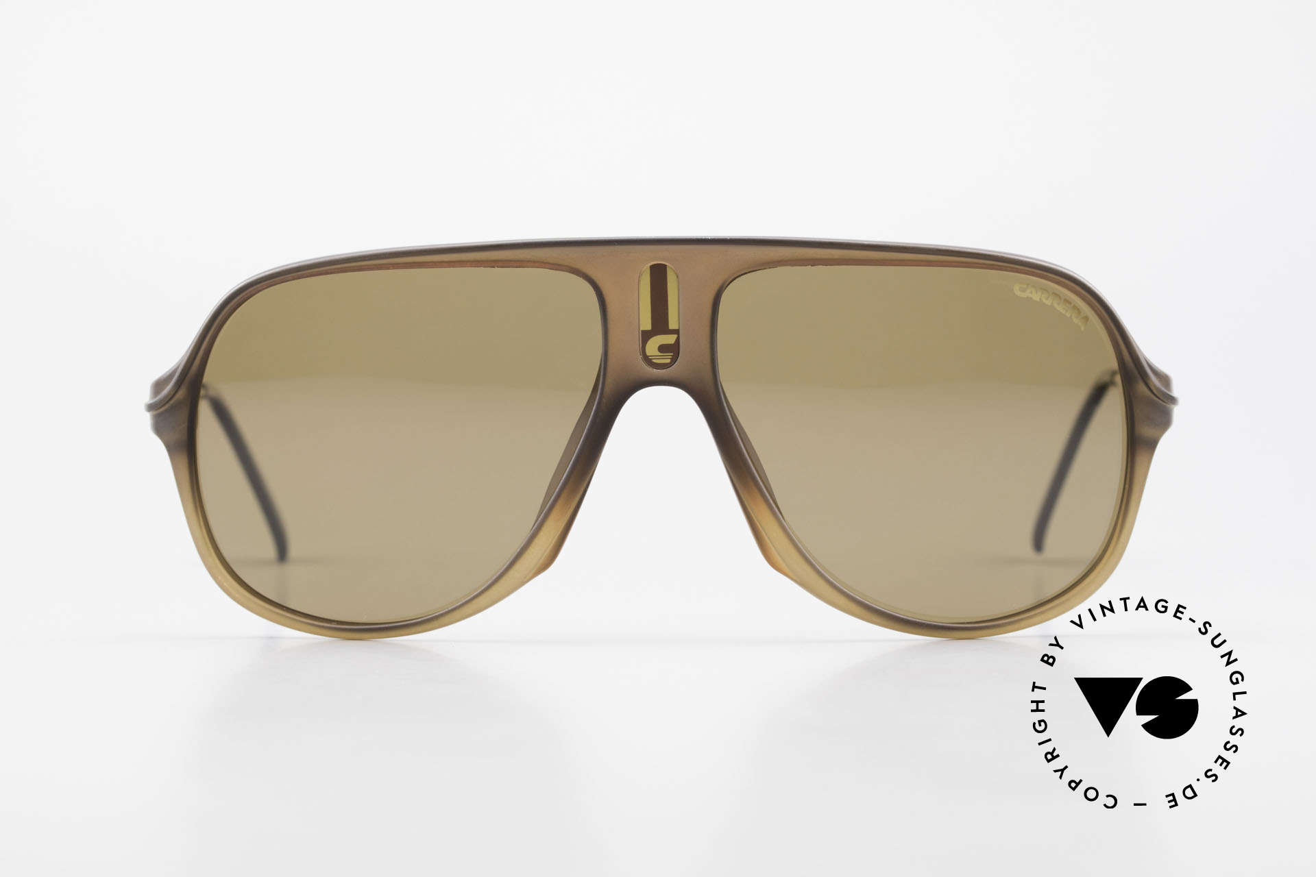 Carrera 5547 Polarized 80's Sunglasses, very sturdy frame by famous Optyl (1st class quality), Made for Men