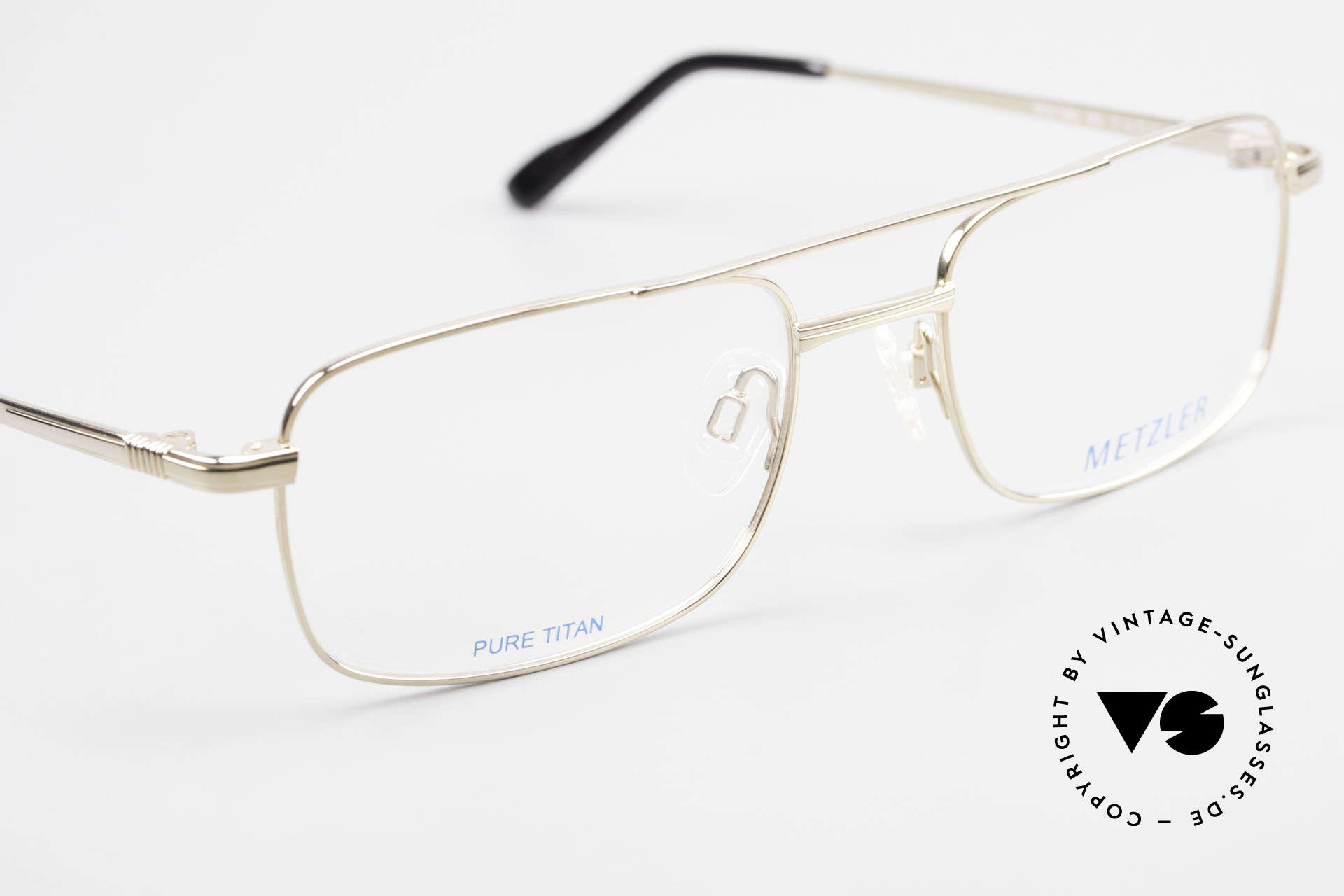 Metzler 1680 90's Titan Frame Gold Plated, NO RETRO eyewear, but a 30 years old ORIGINAL!, Made for Men