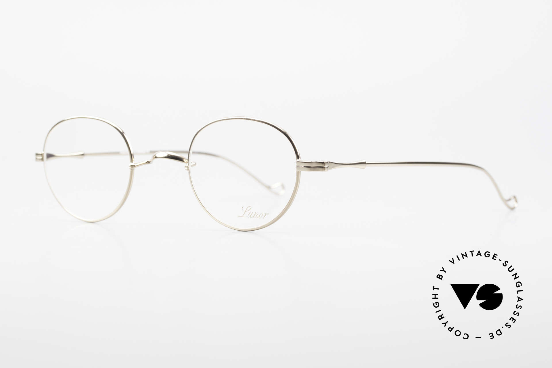 Lunor II 22 Lunor Eyeglasses Gold Plated, plain design with a W-shaped bridge, GOLD-PLATED, Made for Men and Women