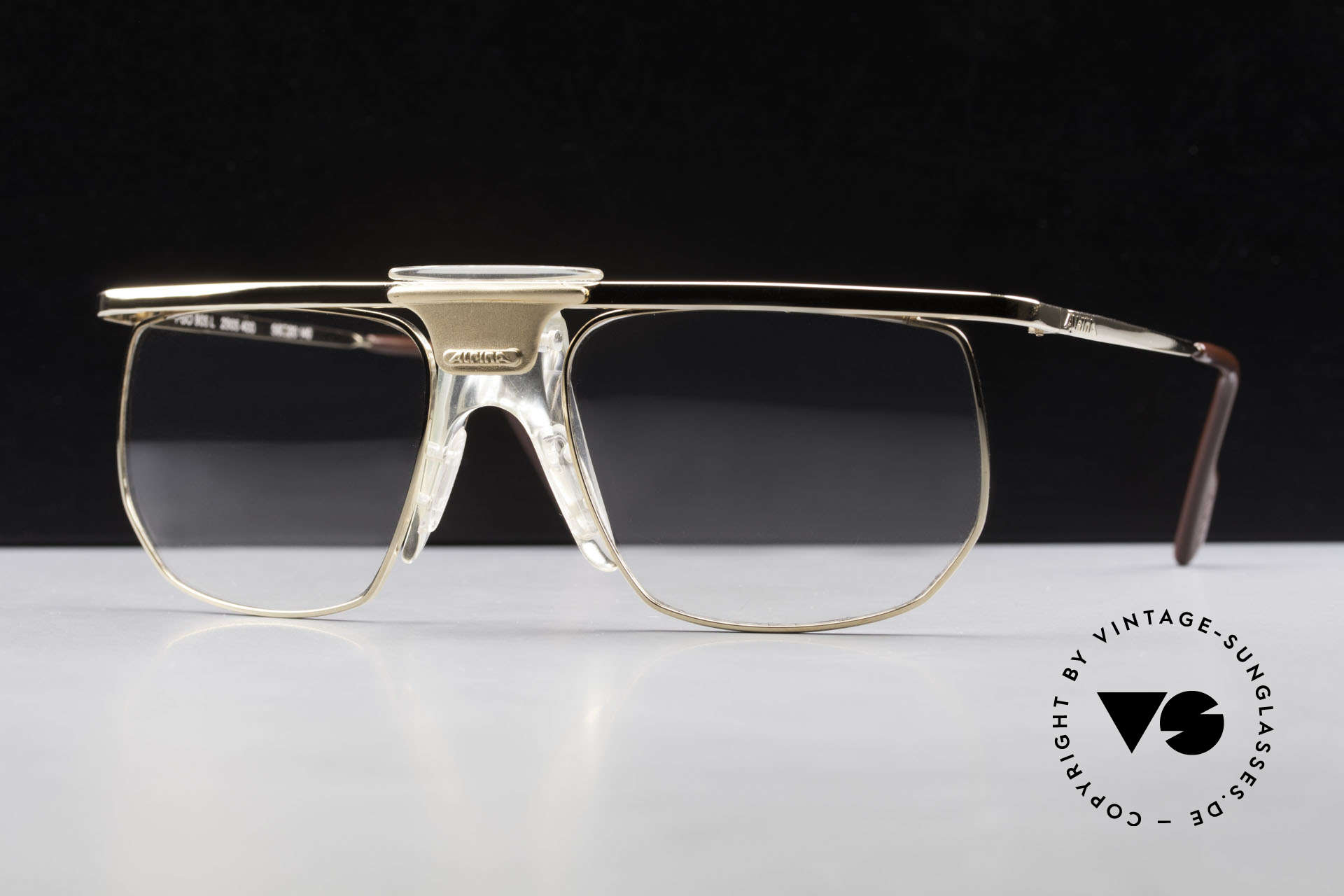 Alpina PSO 905 Vintage Glasses Saddle Bridge, unworn (like all our rare vintage Alpina specs), Made for Men