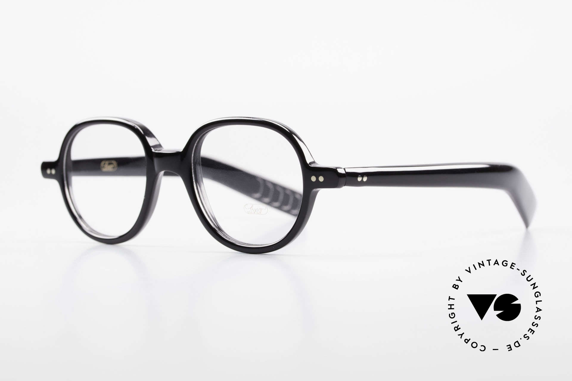 Lunor A50 Round Lunor Acetate Glasses, roundish frame with a classic black coloring, timeless!, Made for Men and Women