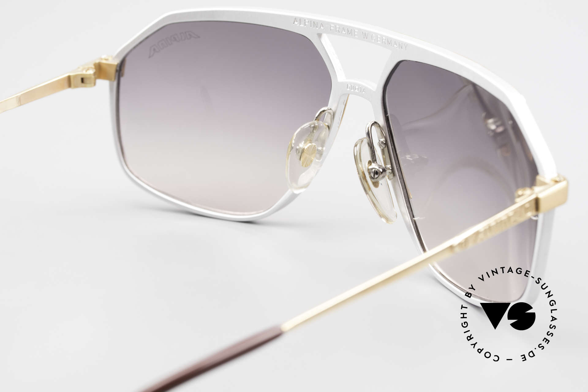 Alpina M6 Vintage Glasses Par Excellence, true rarity and sought-after collector's item, vertu, Made for Men and Women