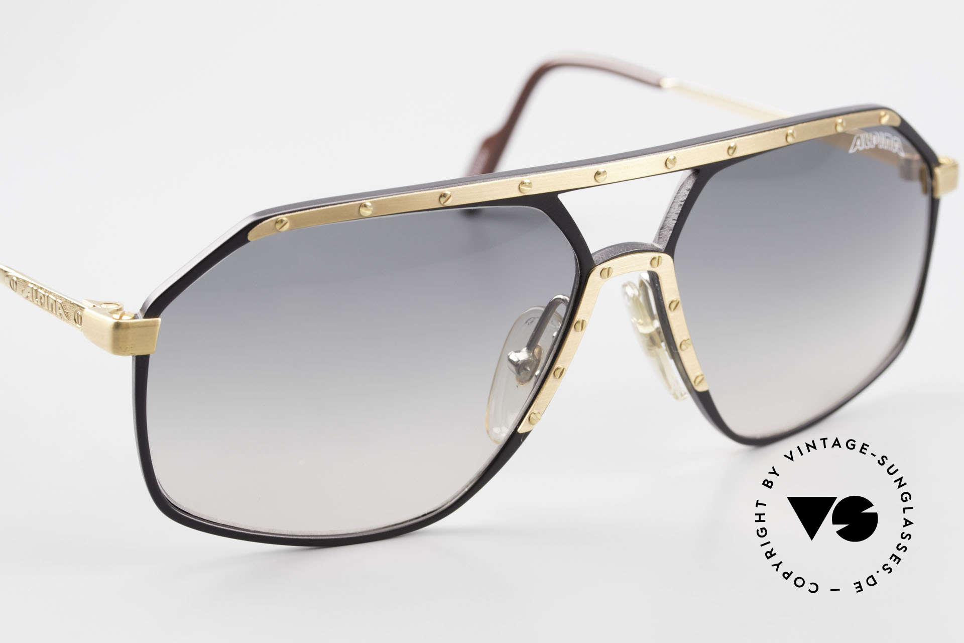 Alpina M6 True Vintage 80's Sunglasses, never worn (comes with a hard case by BVLGARI), Made for Men and Women