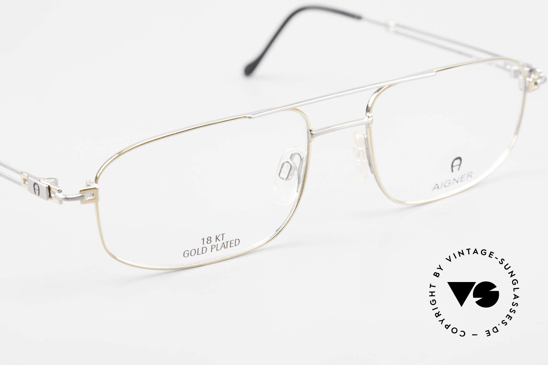 Aigner EA9111 90's Men's Frame Gold Plated, the DEMO lenses can be replaced with lenses of any kind, Made for Men