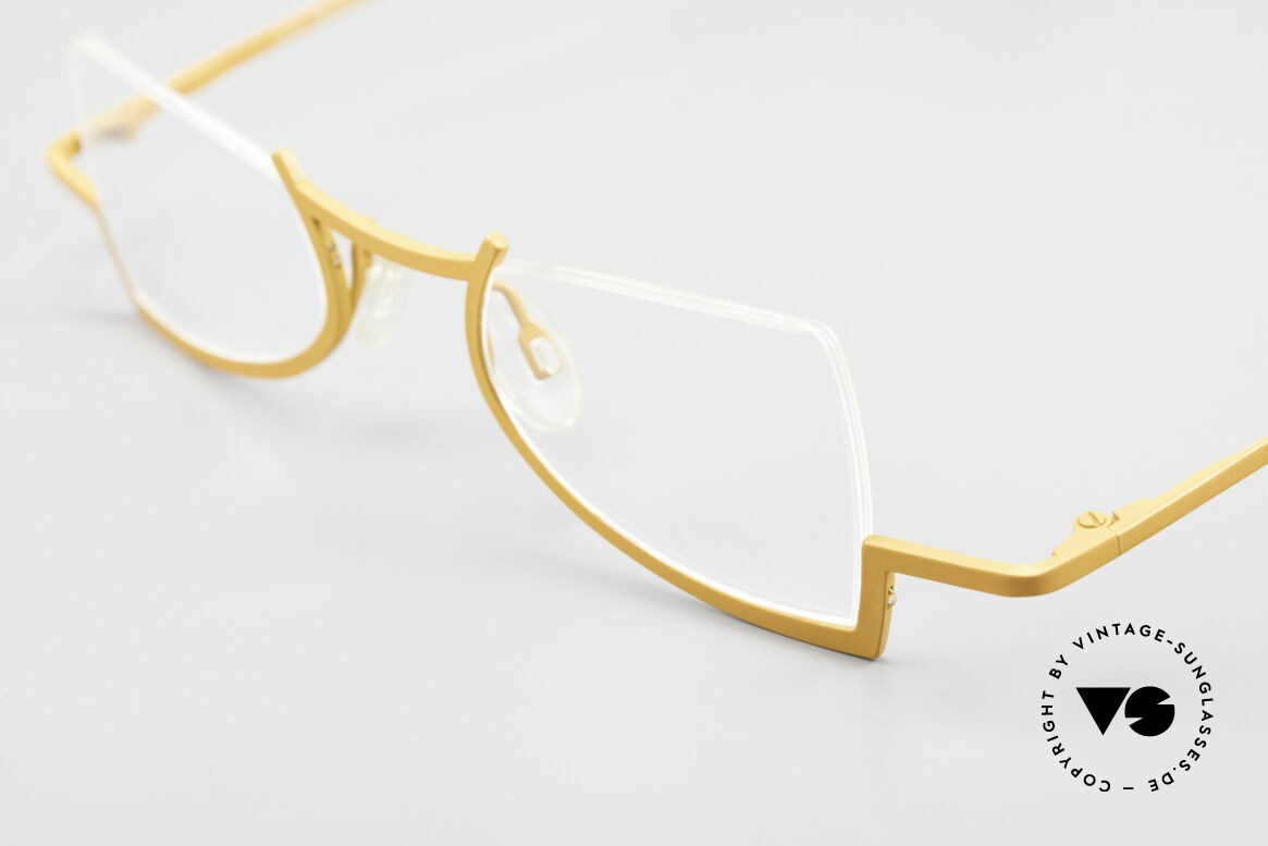 Theo Belgium Kyuu Crazy Reading Glasses Titanium, unworn (like all our vintage designer specs by THEO), Made for Women