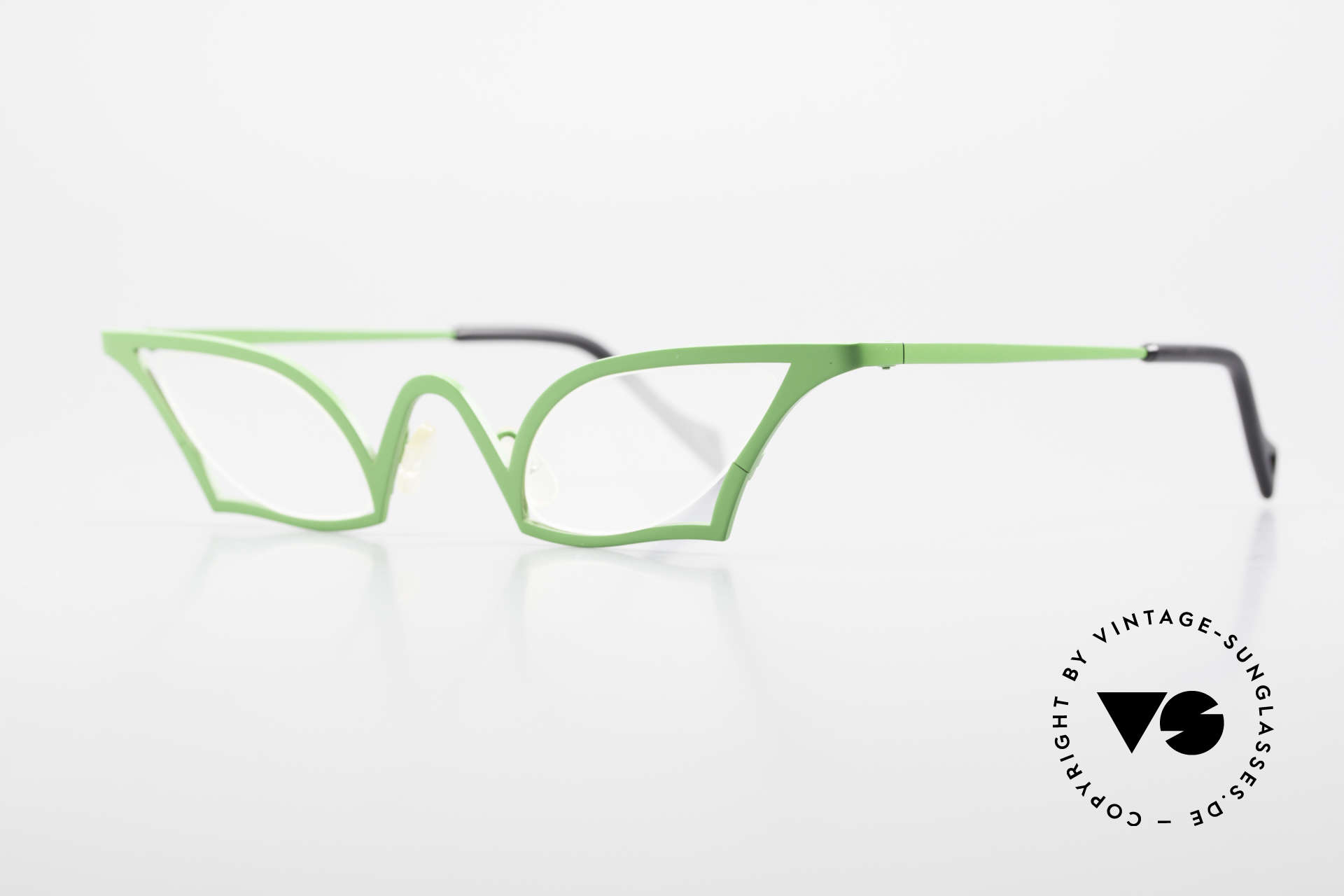 """Theo Belgium James Cateye Crazy Reading Glasses, """"cateye glasses"""" or """"butterfly design"""" in grass-green, Made for Women"""