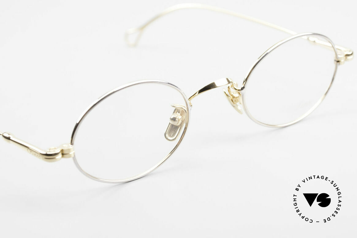 Lunor V 100 Oval Vintage Glasses Bicolor, of course, an unworn original with pure titanium pads, Made for Men and Women