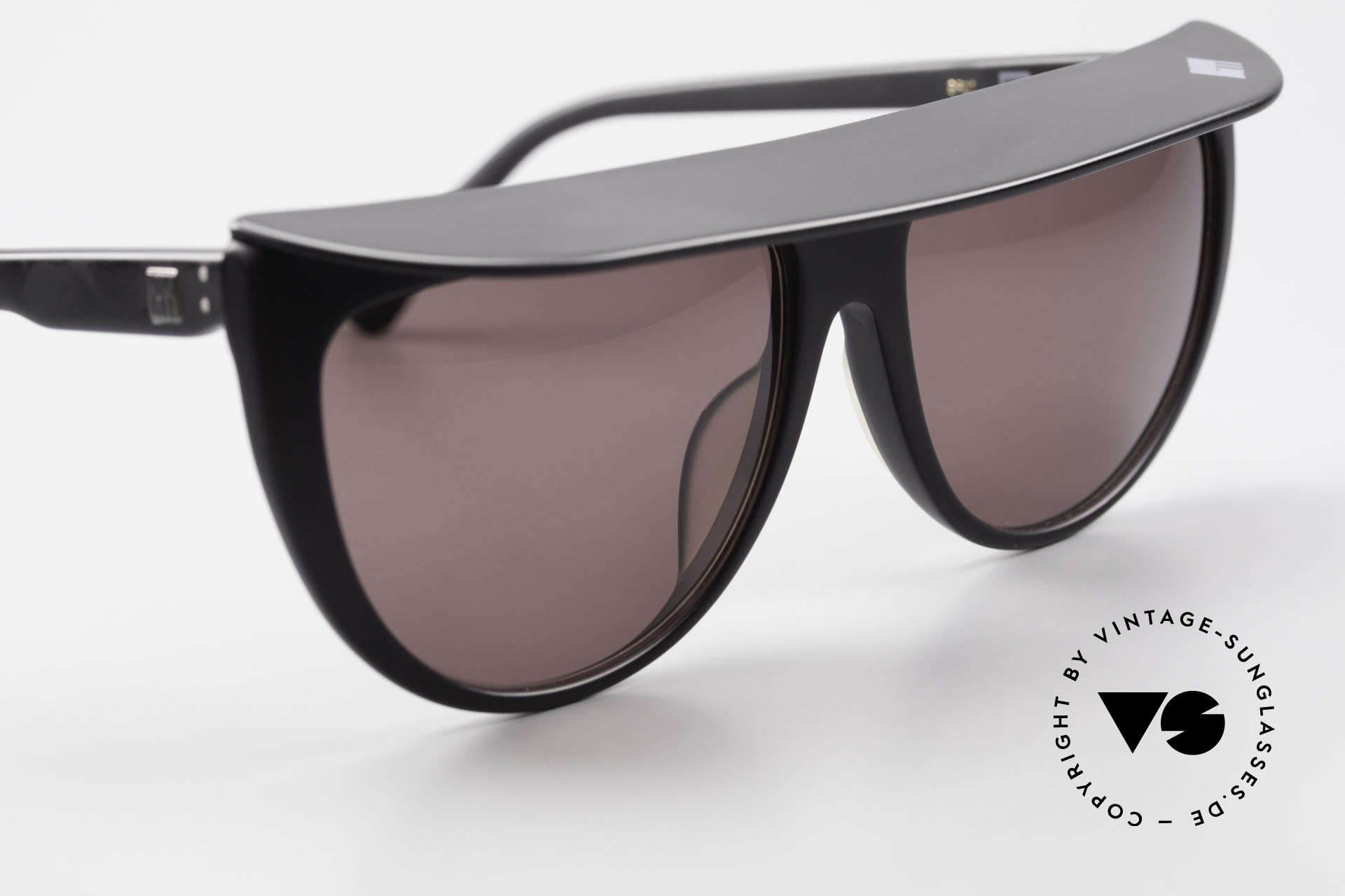 Ugppi 9801 Marquee Sunglasses 90s Japan, the frame could be glazed with optical lenses as well, Made for Men and Women