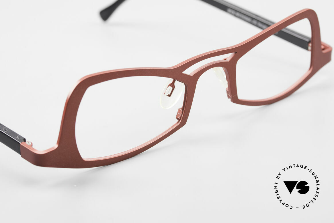 Theo Belgium Eye-Witness JK Pure Titanium Ladies Glasses, so to speak: vintage eyeglasses with representativeness, Made for Women