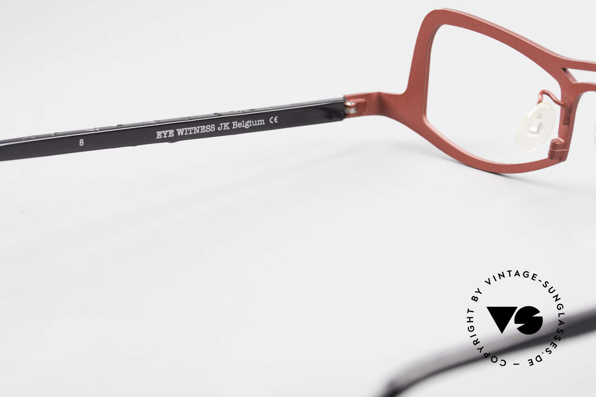 Theo Belgium Eye-Witness JK Pure Titanium Ladies Glasses, the frame can be glazed with optical lenses or sun lenses, Made for Women