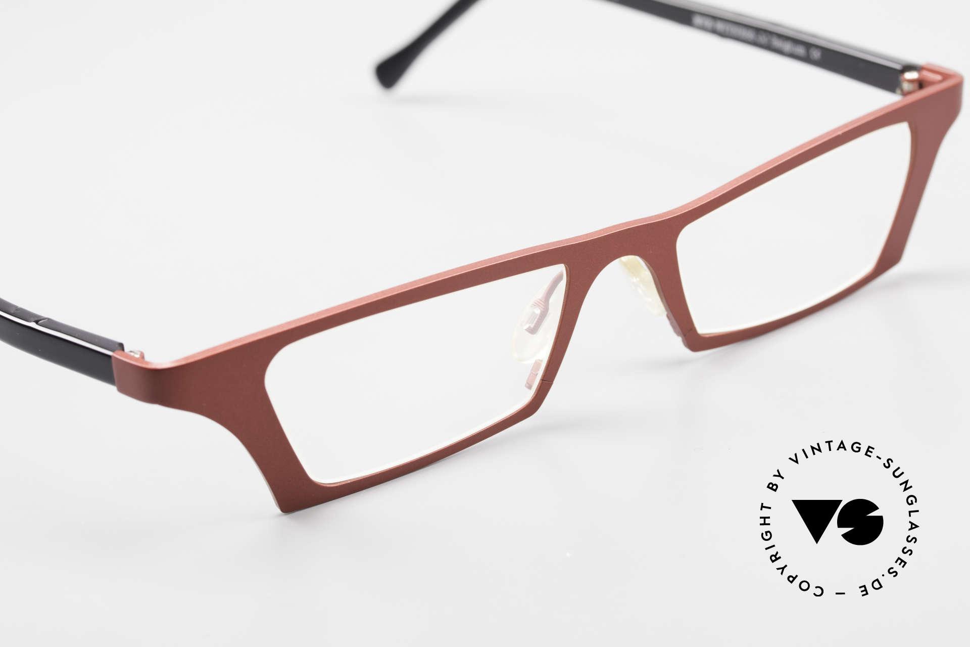 Theo Belgium Eye-Witness JJ Ladies Glasses Pure Titanium, so to speak: vintage eyeglasses with representativeness, Made for Women