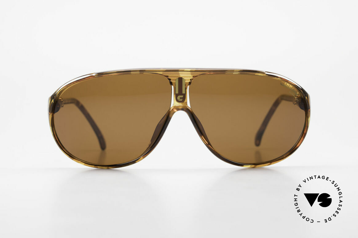 Carrera 5412 80's Frame 3 Sets Of Sun Lenses, frame made of durable and long-living OPTYL material, Made for Men and Women