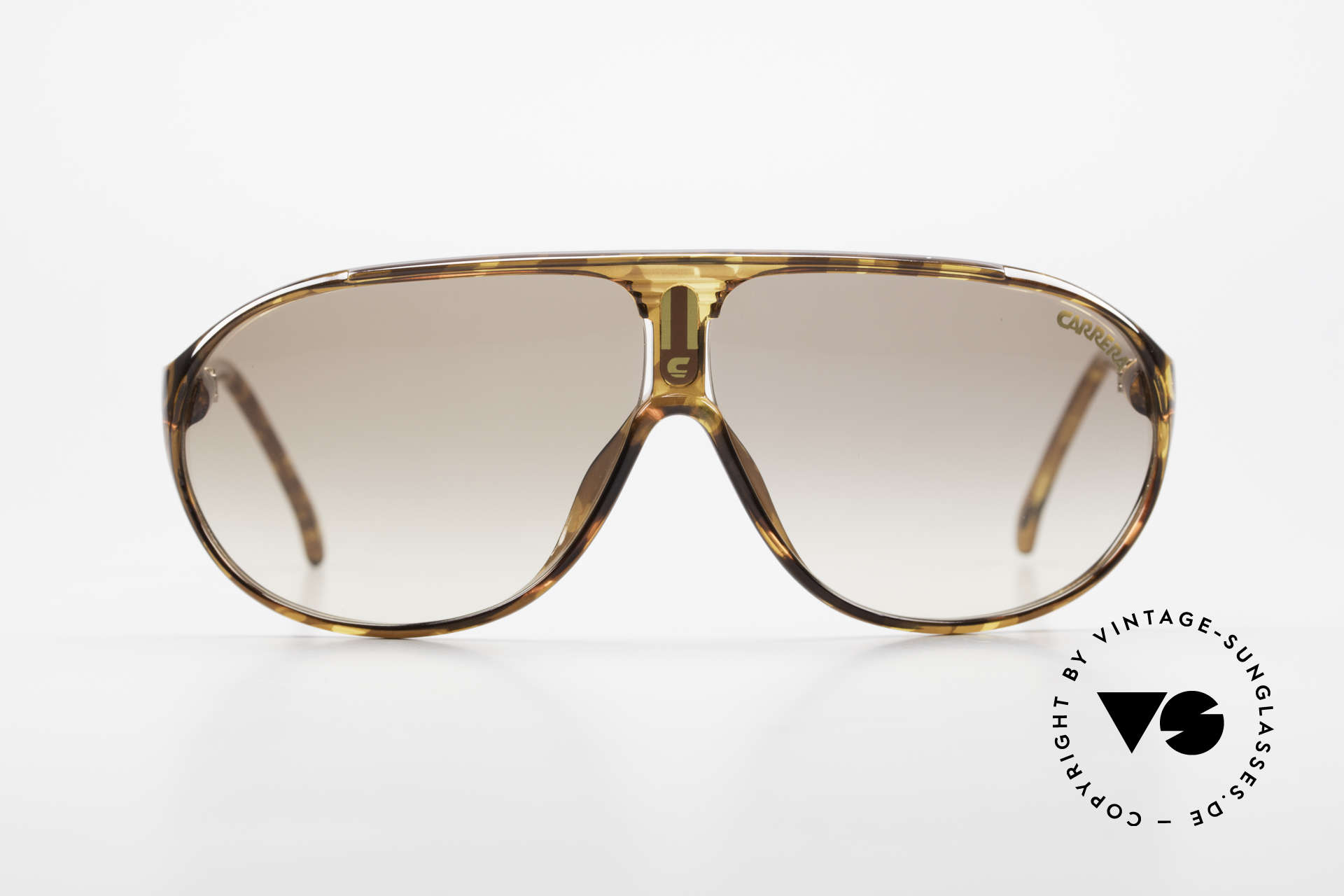 Carrera 5412 Optyl Sunglasses 80's Sport, frame made of durable and long-living OPTYL material, Made for Men and Women