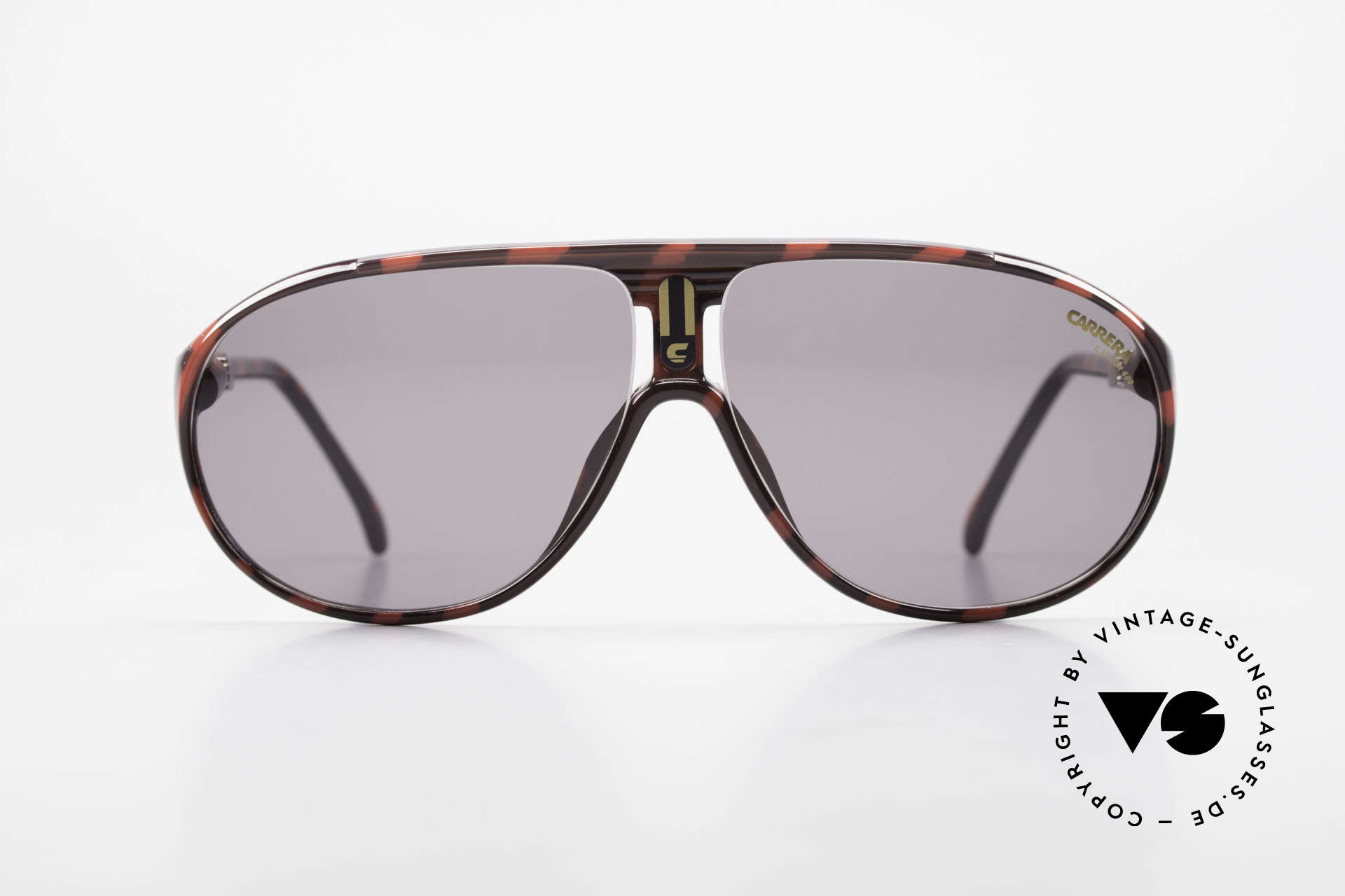 Carrera 5412 80's Sunglasses Optyl Sport, frame made of durable and long-living OPTYL material, Made for Men and Women