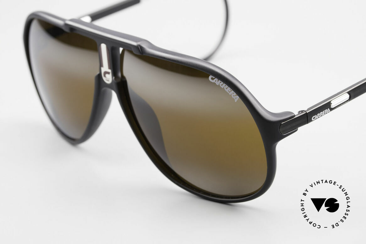Carrera 5590 Mirrored Vario Sports Temples, 1x mirrored, 1x green, 1x brown-gradient C-VISION 400, Made for Men