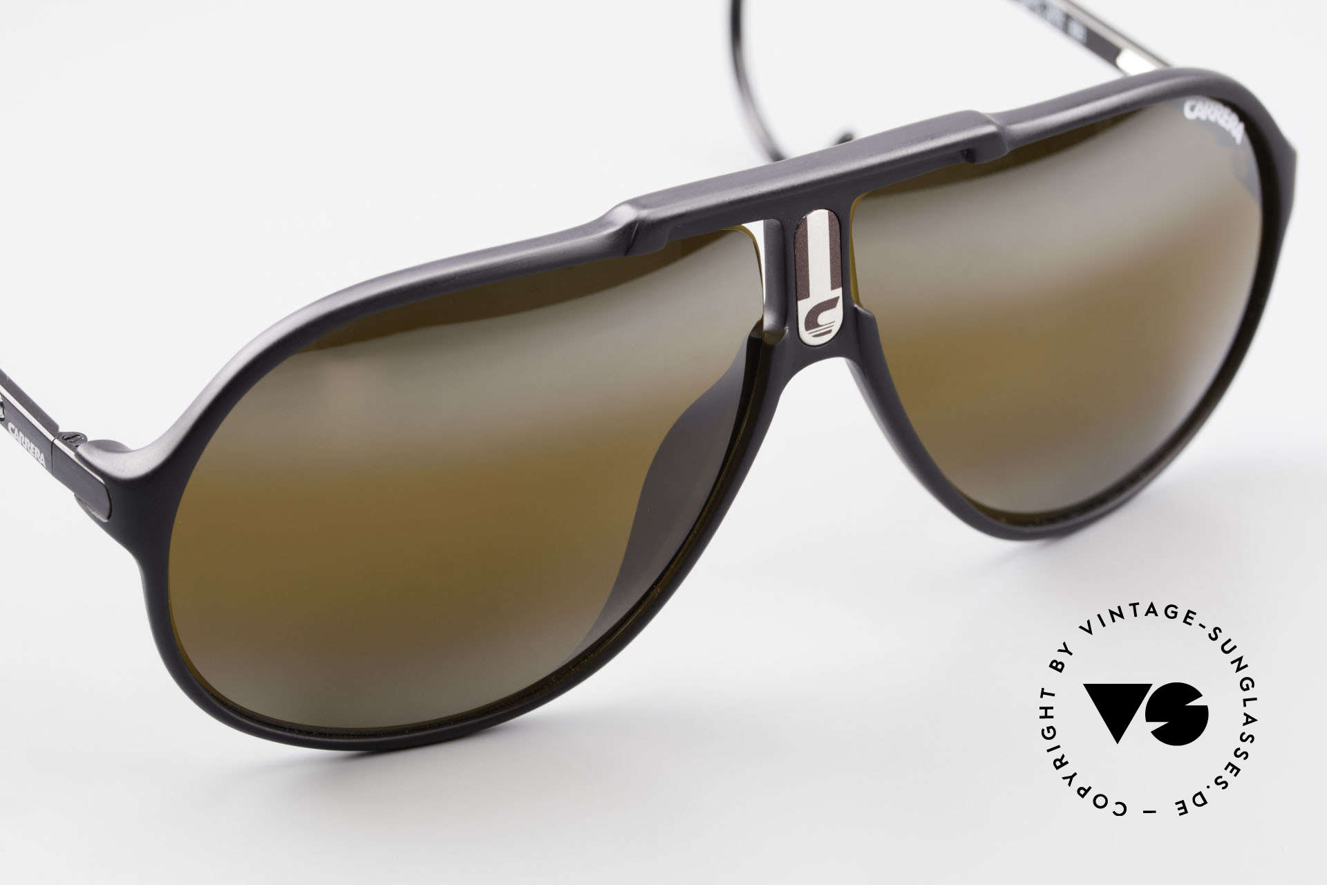Carrera 5590 Mirrored Vario Sports Temples, unworn (like all our rare vintage Optyl Carrera eywear), Made for Men