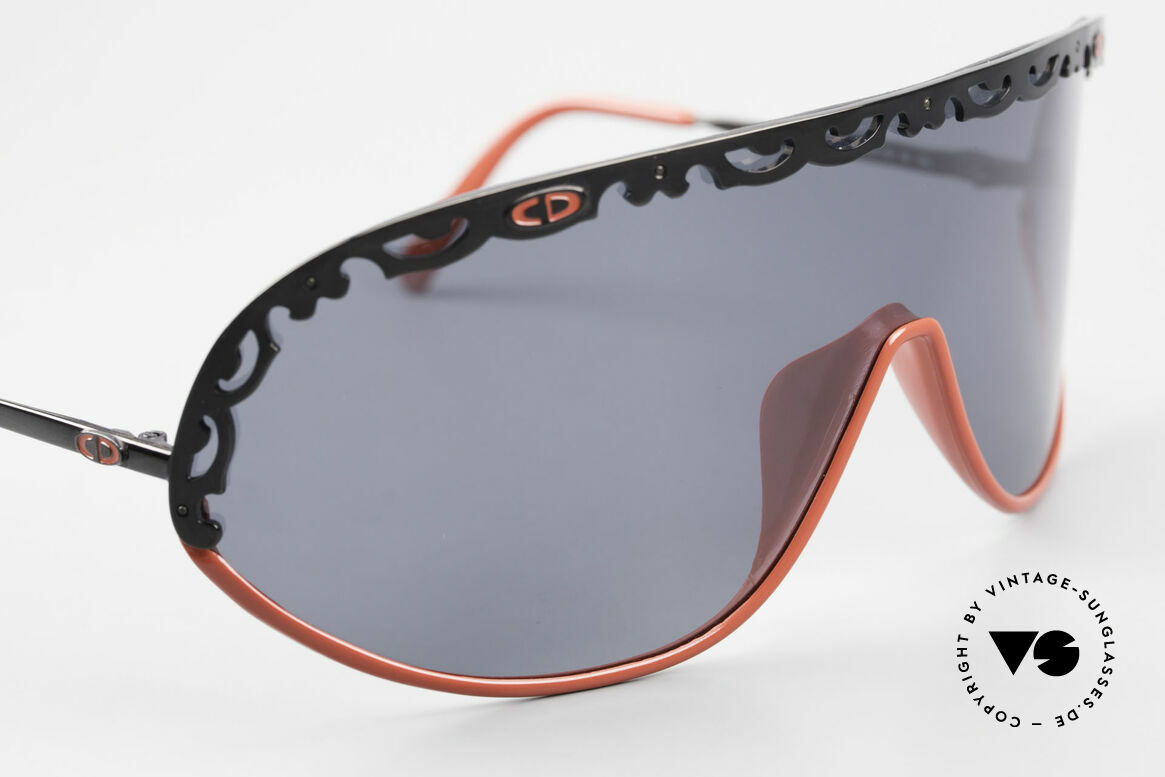 Christian Dior 2501 Polarized Sunglasses 80's 90's, new old stock (like all our 80's / 90's C. Dior originals), Made for Women