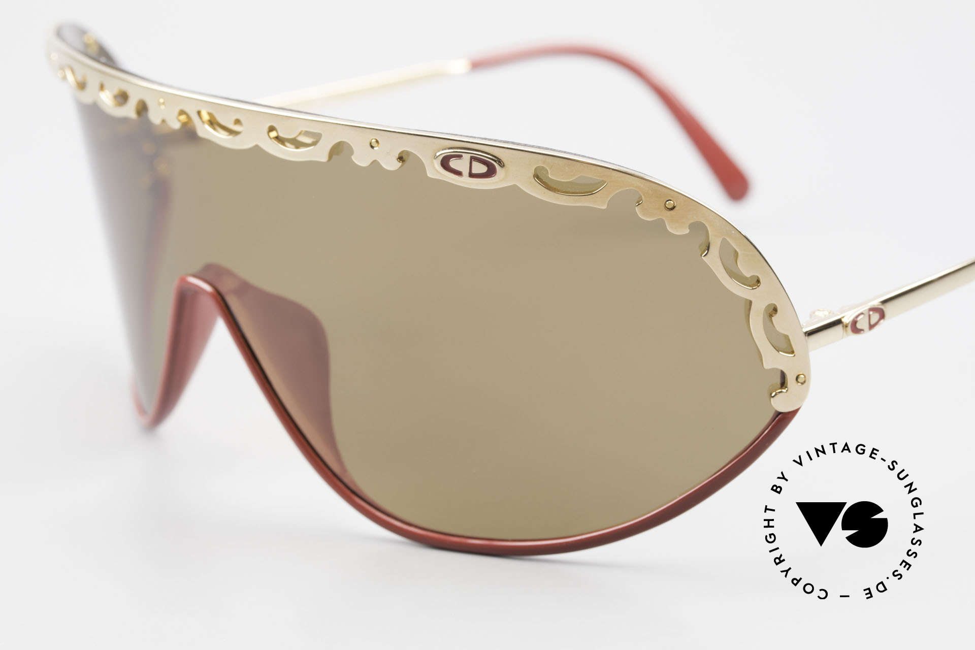 Christian Dior 2501 Panorama View Sunglasses 80's, functional designer shades with polarized lens / shield, Made for Women