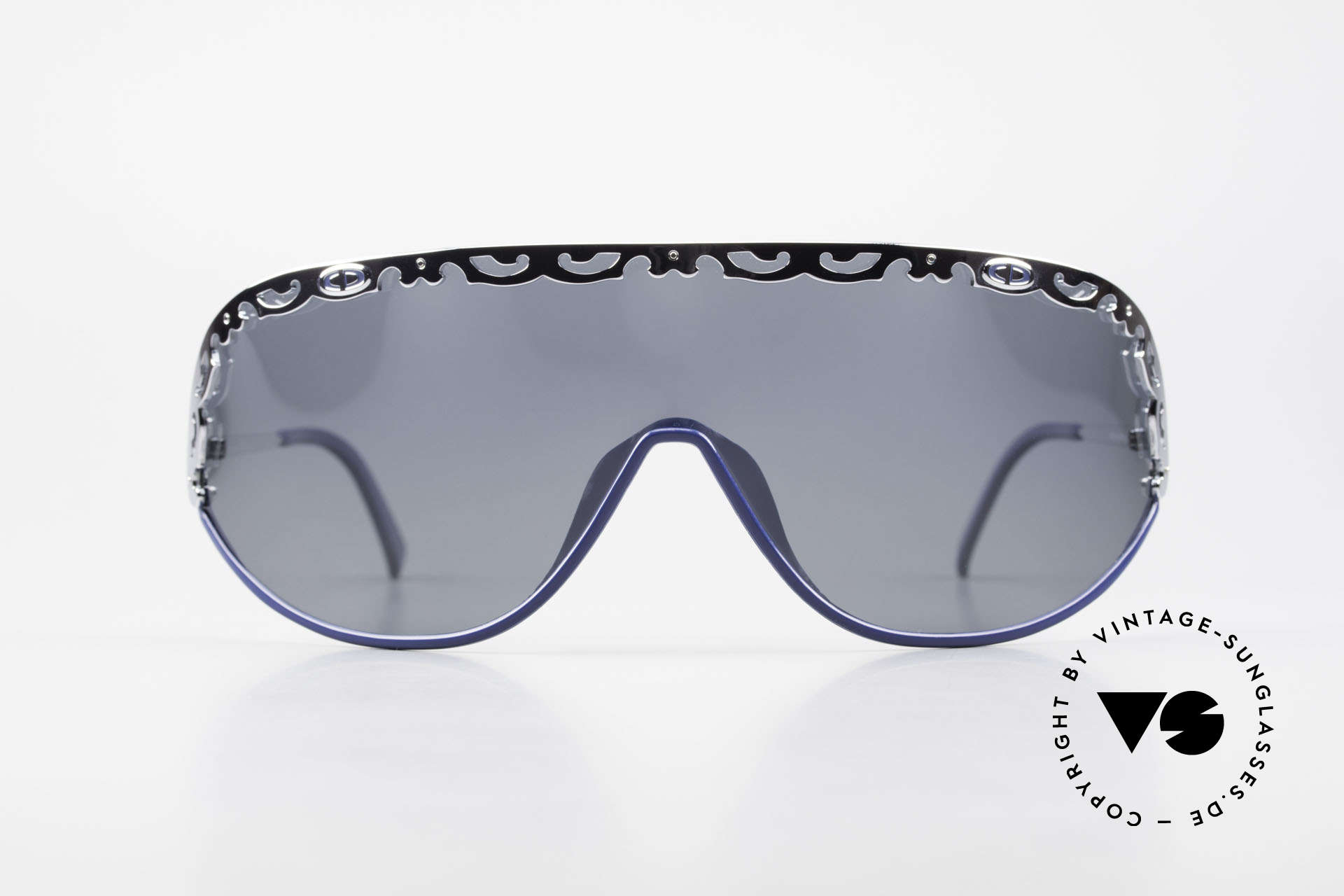 """Christian Dior 2501 Panorama View Shades 80s 90s, a vintage """"MUST-HAVE"""" for all fashion lovers, out there, Made for Women"""