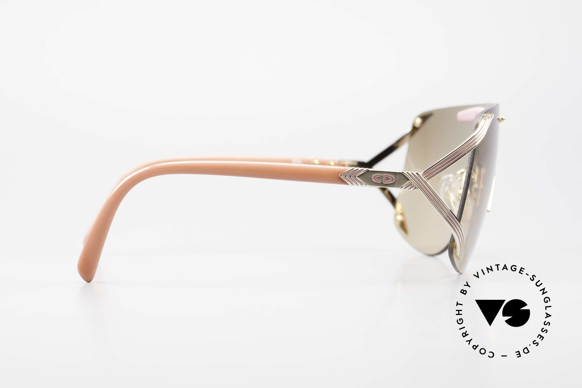 Christian Dior 2434 Light Pink Mirrored Shades 80s, Dior Model 2434 was also worn by famous RIHANNA, Made for Women
