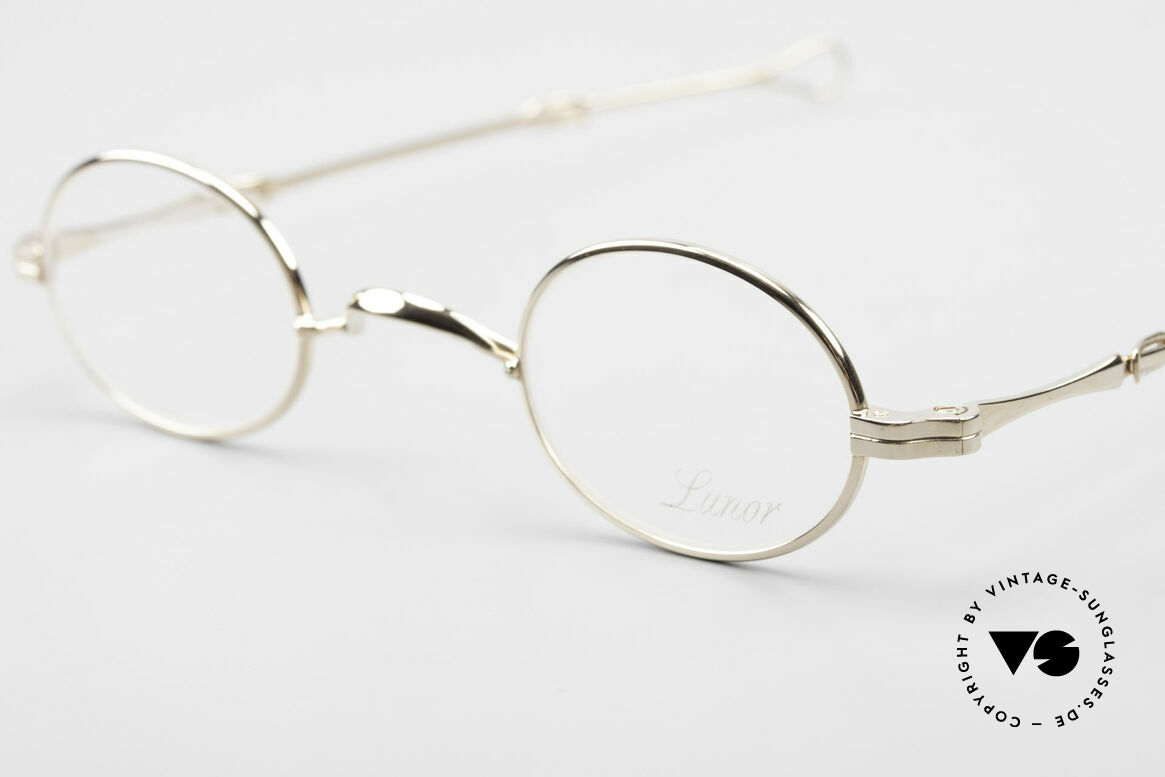 Lunor I 04 Telescopic XS Oval Glasses Slide Temples, an approx. 20 years old UNWORN pair for lovers of quality, Made for Men and Women