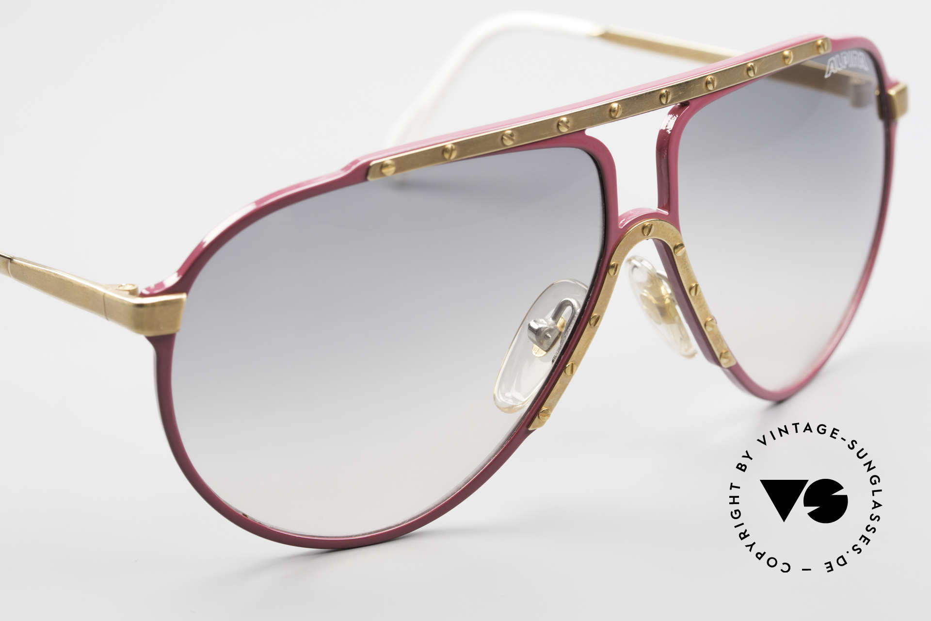 Alpina M1 Iconic Vintage Sunglasses 80s, color on the backside is slightly damaged (7. photo), Made for Women