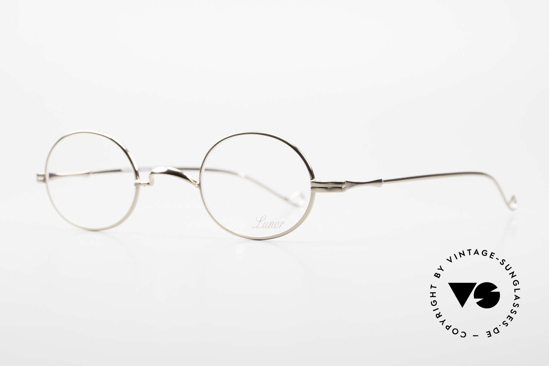 Lunor II 10 Oval Lunor Frame Gold Plated, rather a small model (in size 43/26) for ladies and gents, Made for Men and Women