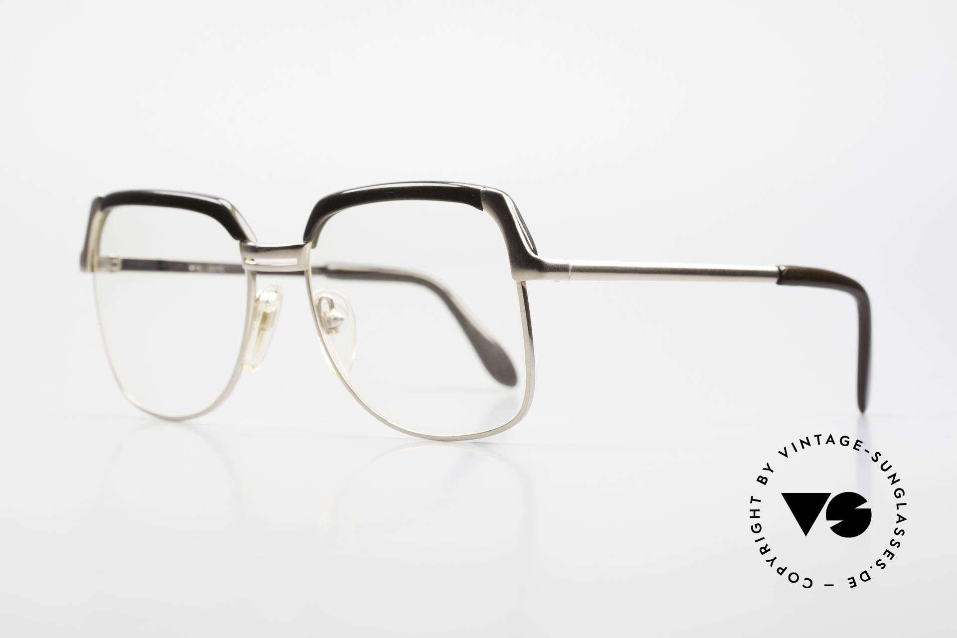 Bausch & Lomb 418 Gold Filled 80's Combi Frame, the special feature: frame has a portion of real gold, Made for Men