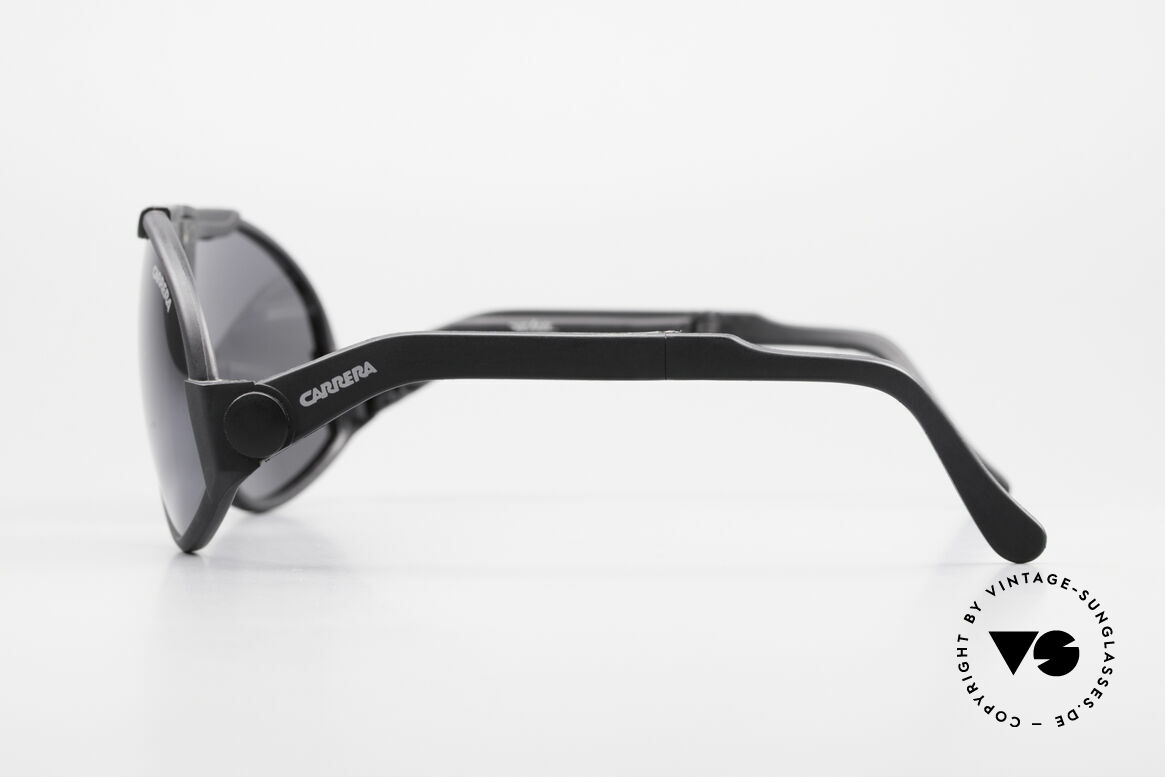 Carrera 5586 Folding Kevlar Sunglasses 90s, unworn 90's rarity (like all our rare vintage shades), Made for Men
